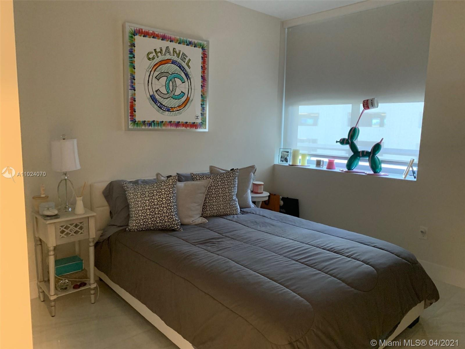 16385 Biscayne Blvd #503 photo07