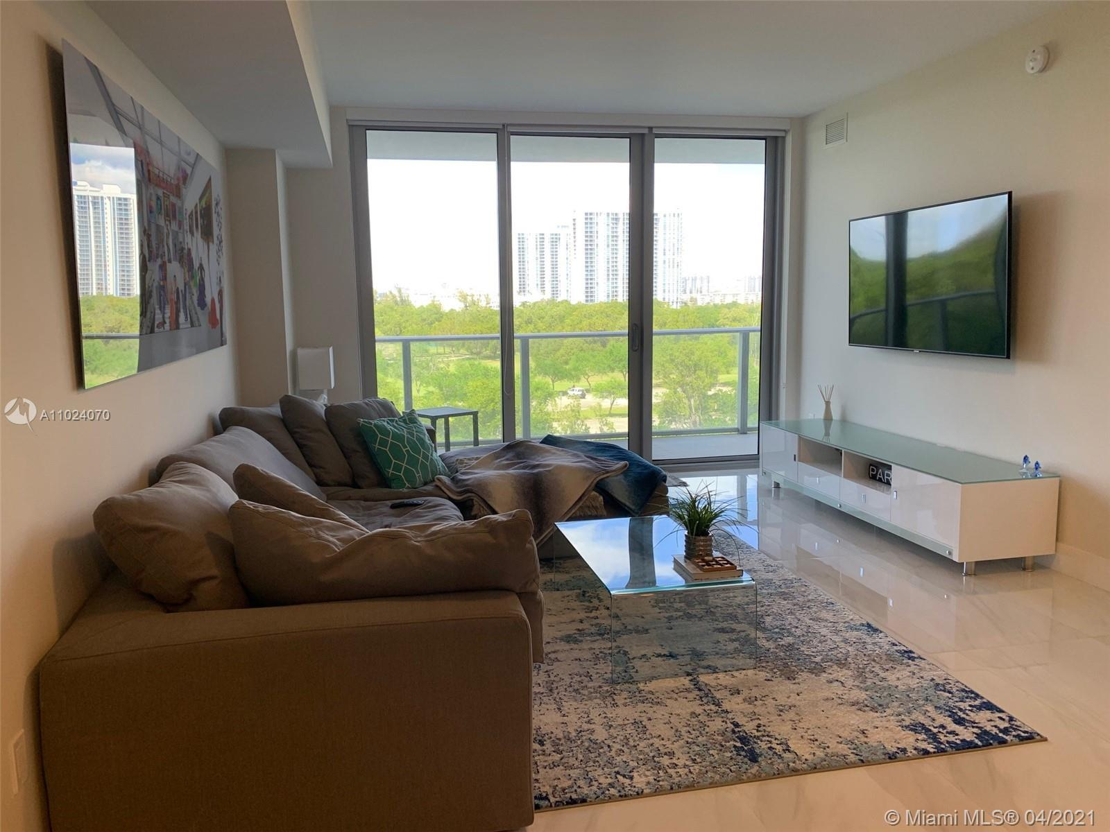 16385 Biscayne Blvd #503 photo04