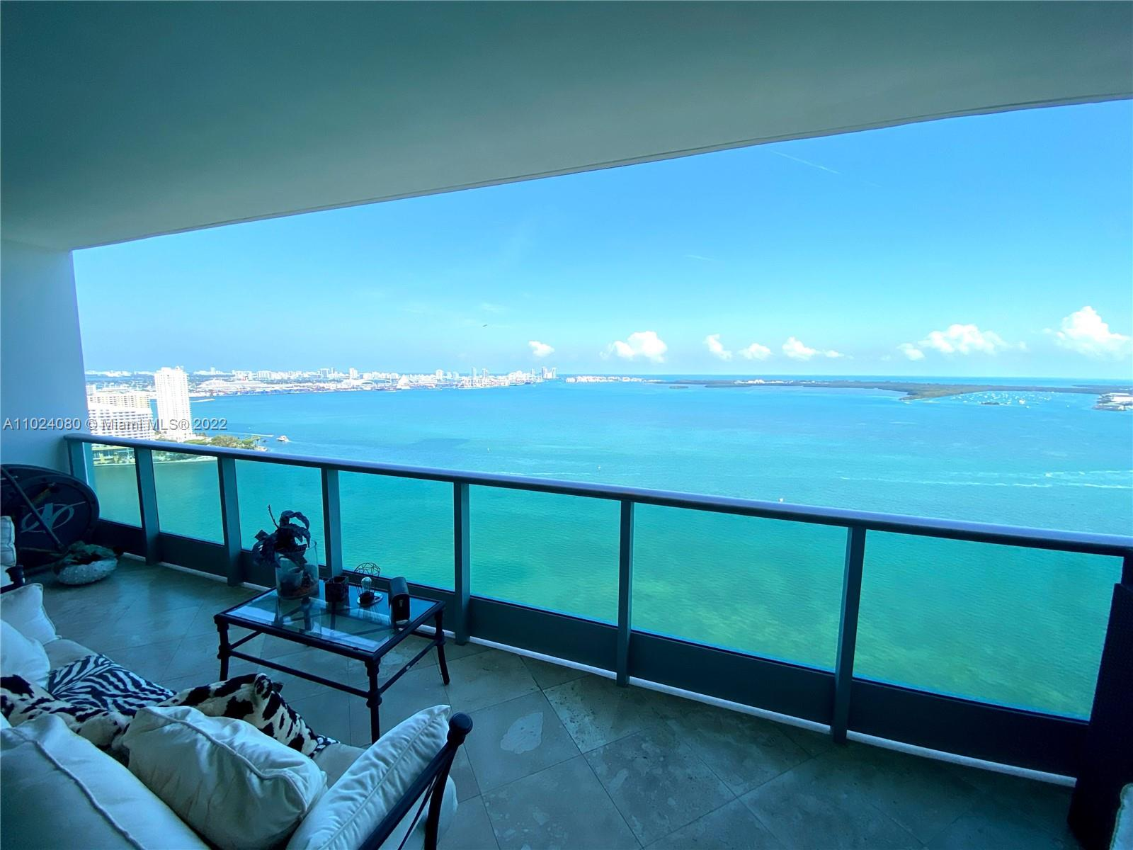 1331 Brickell Bay Dr #3207 photo02