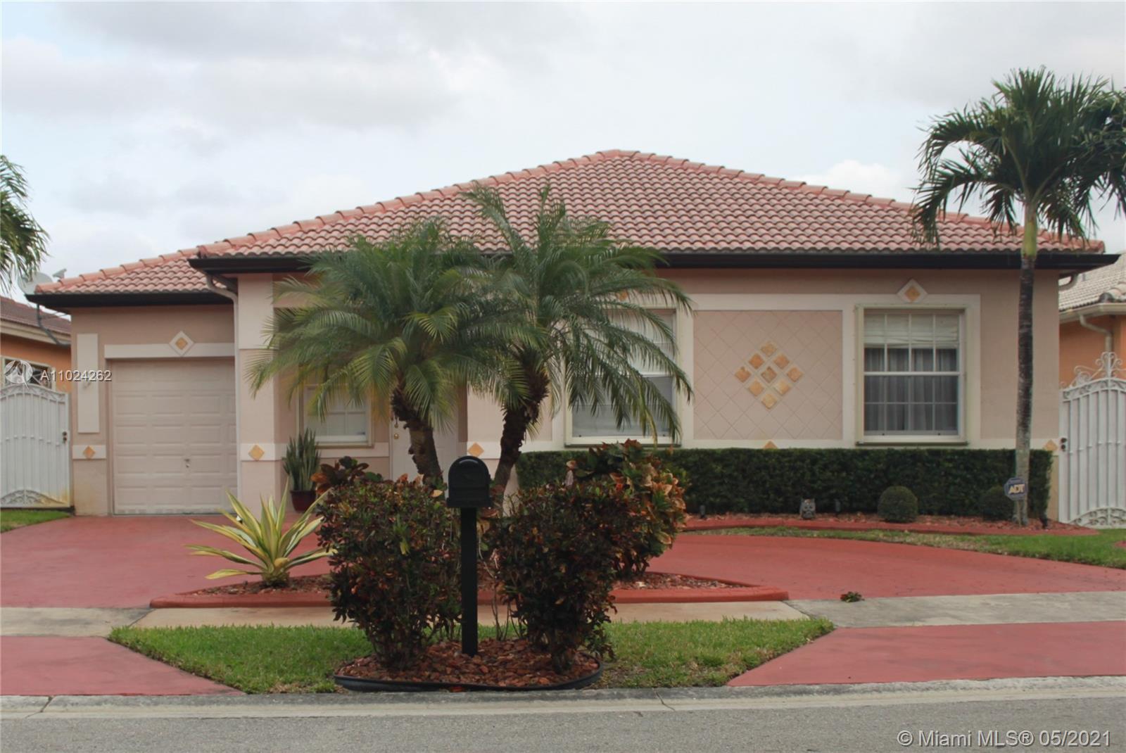 Miami Lakes - 14949 NW 92nd Ave, Miami Lakes, FL 33018