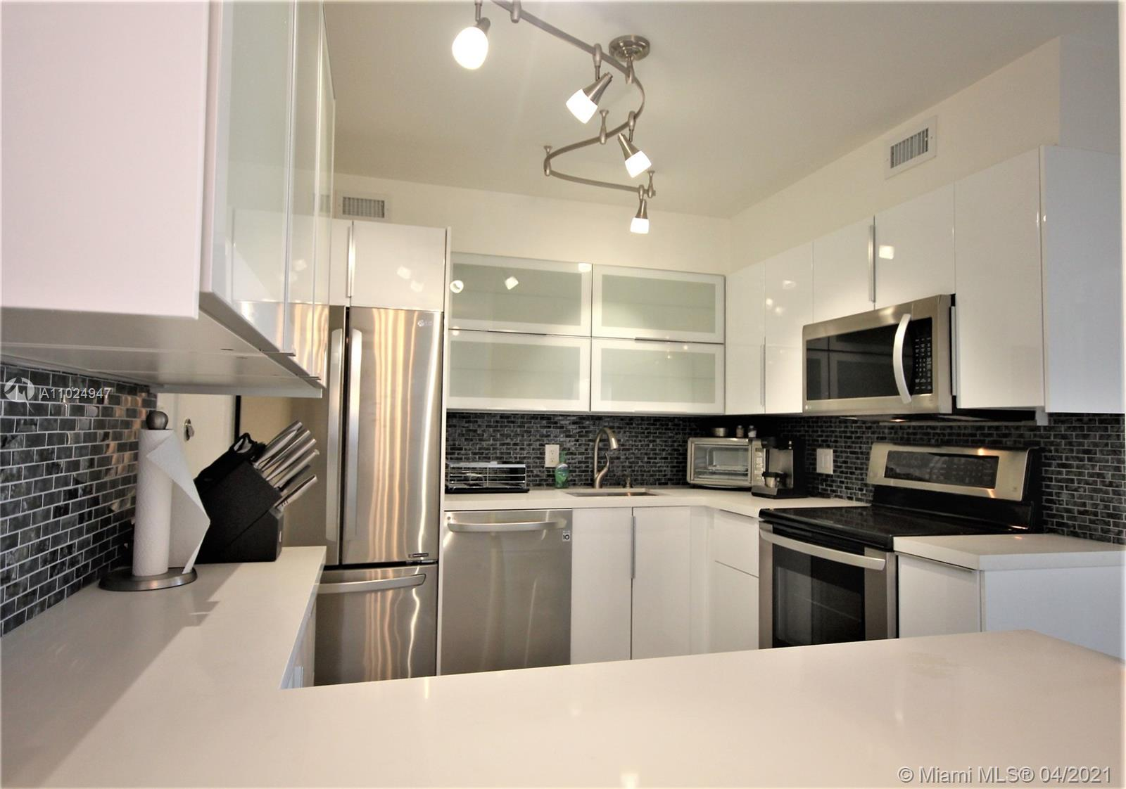 5161 Collins Ave #811 photo05