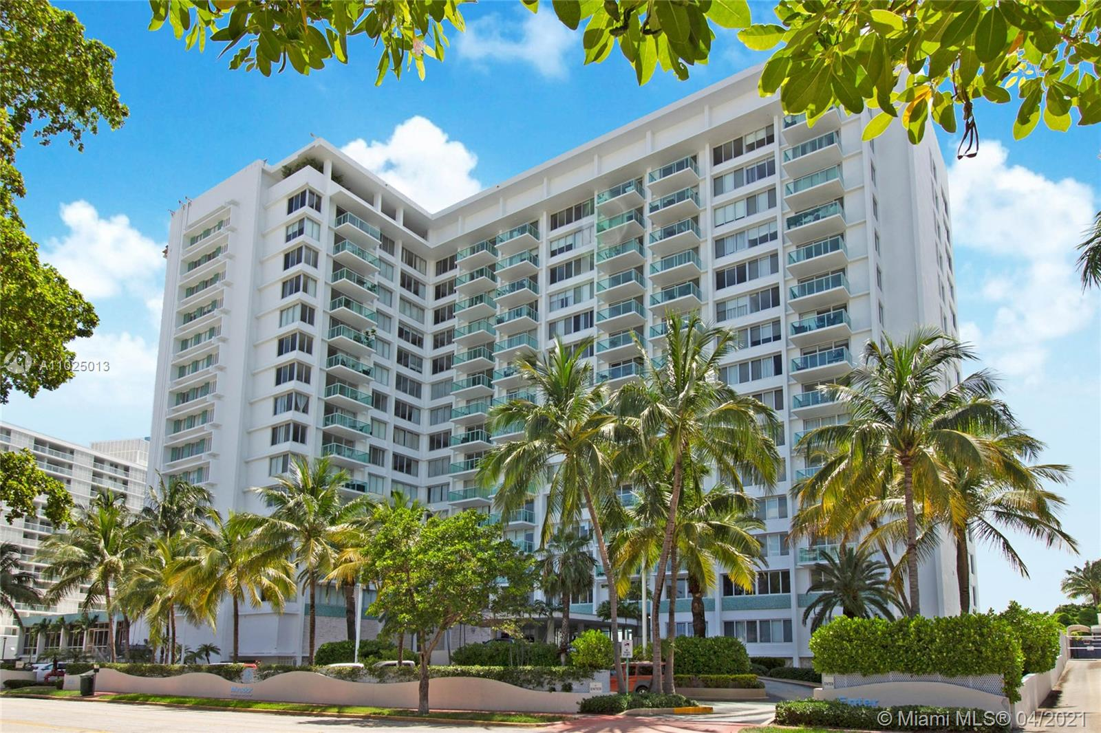 Mirador South #828 - 1000 WEST AV #828, Miami Beach, FL 33139