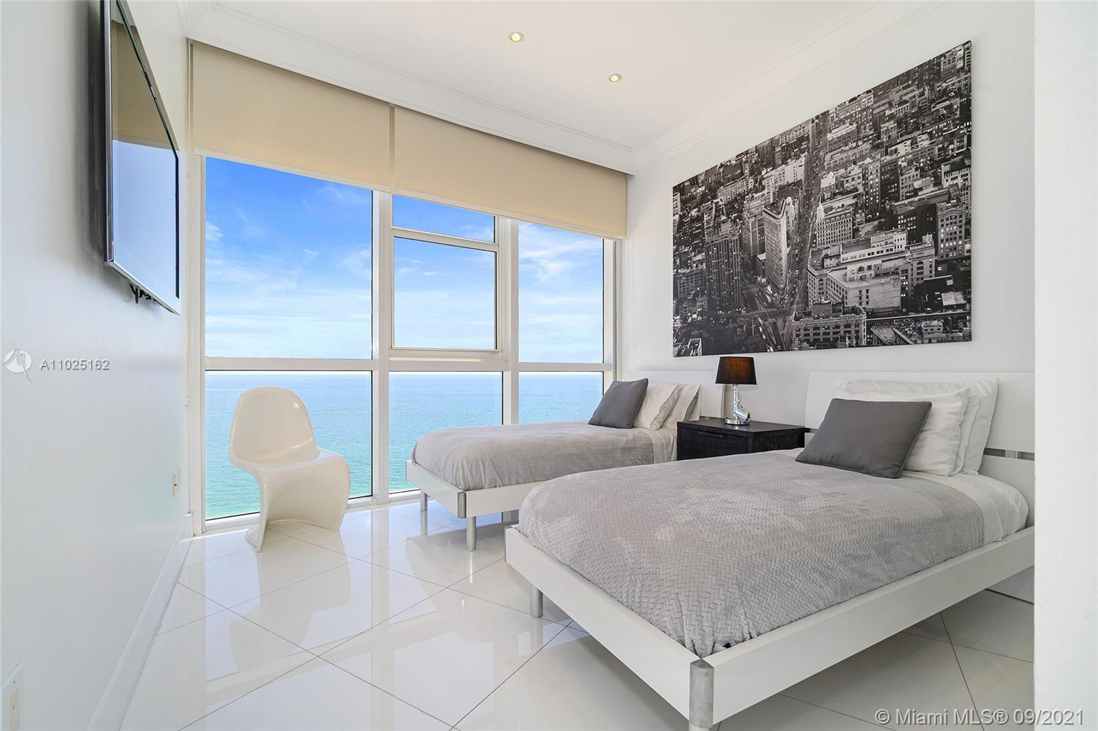 18201 Collins Ave #3609 photo013