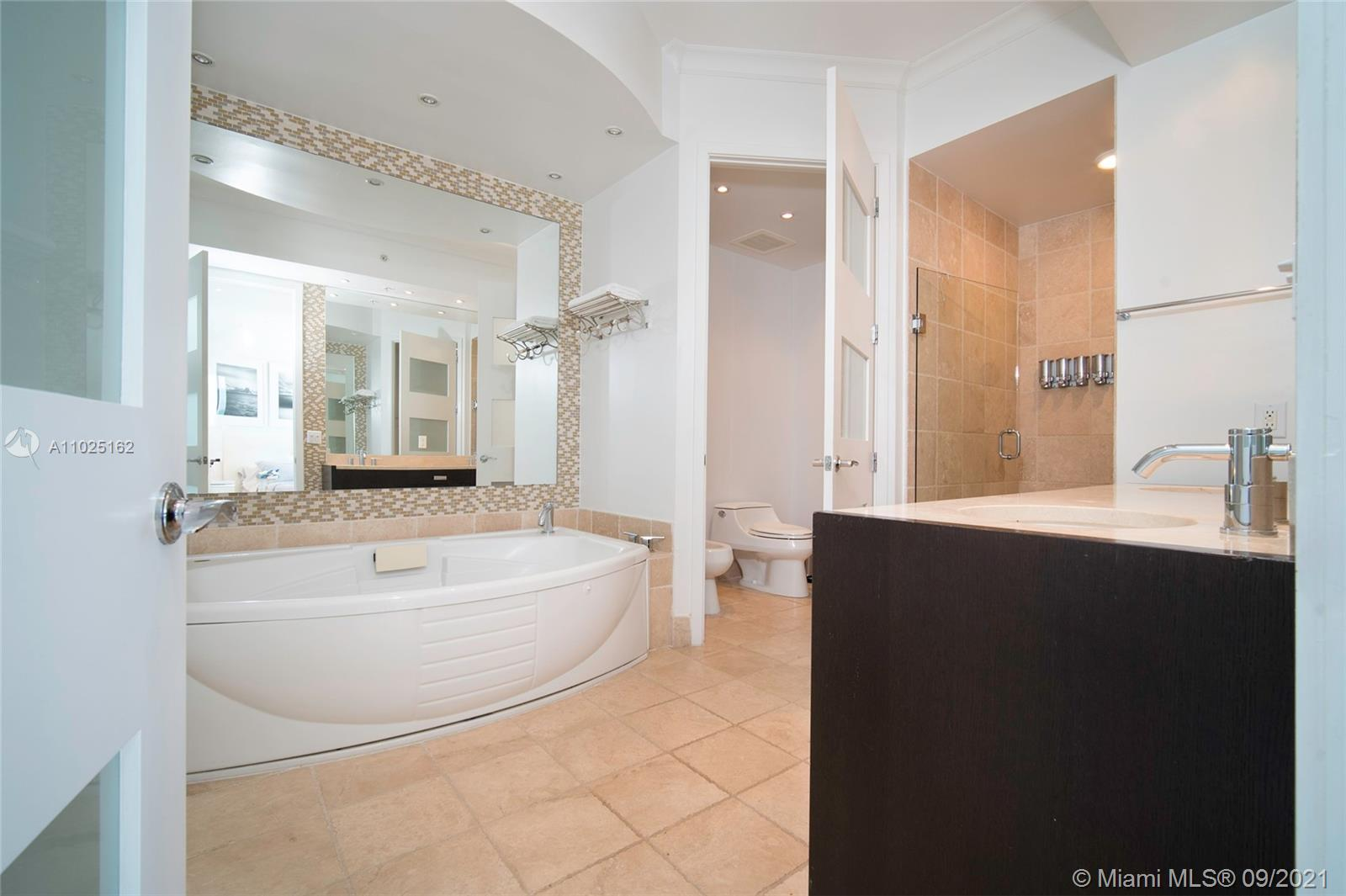 18201 Collins Ave #3609 photo08
