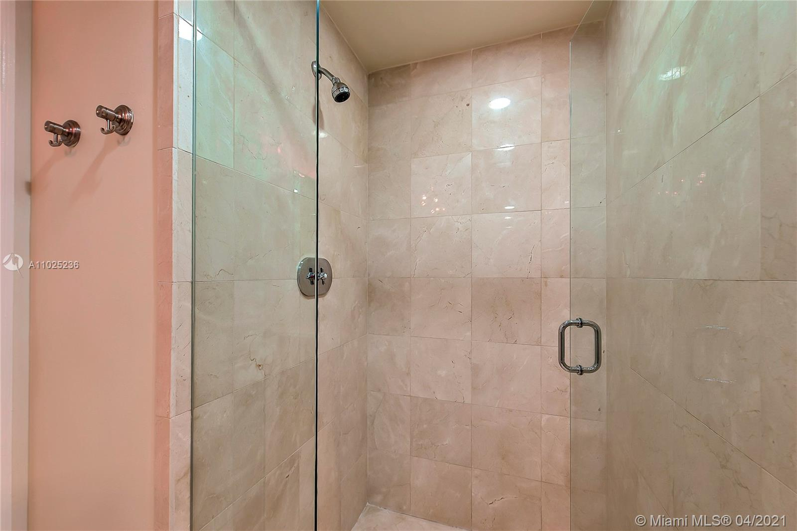 17875 Collins Ave #1705 photo021