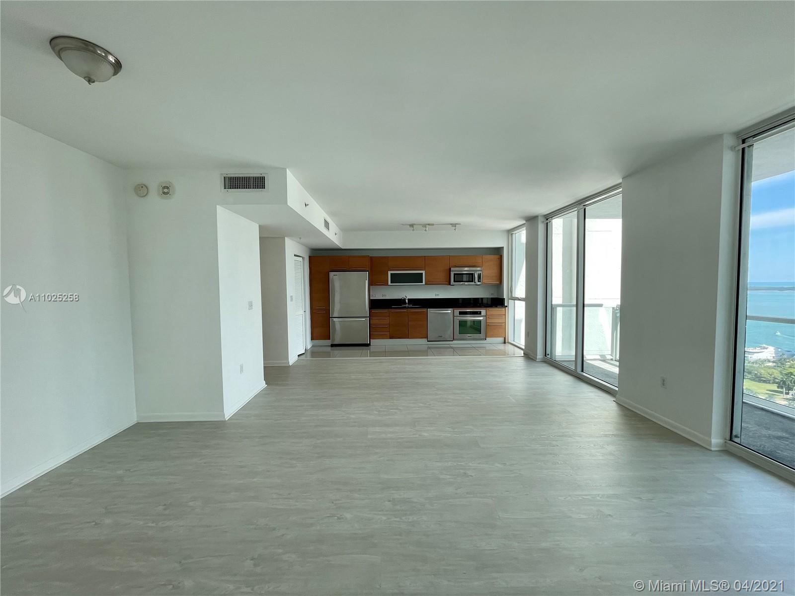 244 Biscayne Blvd #3005 photo02