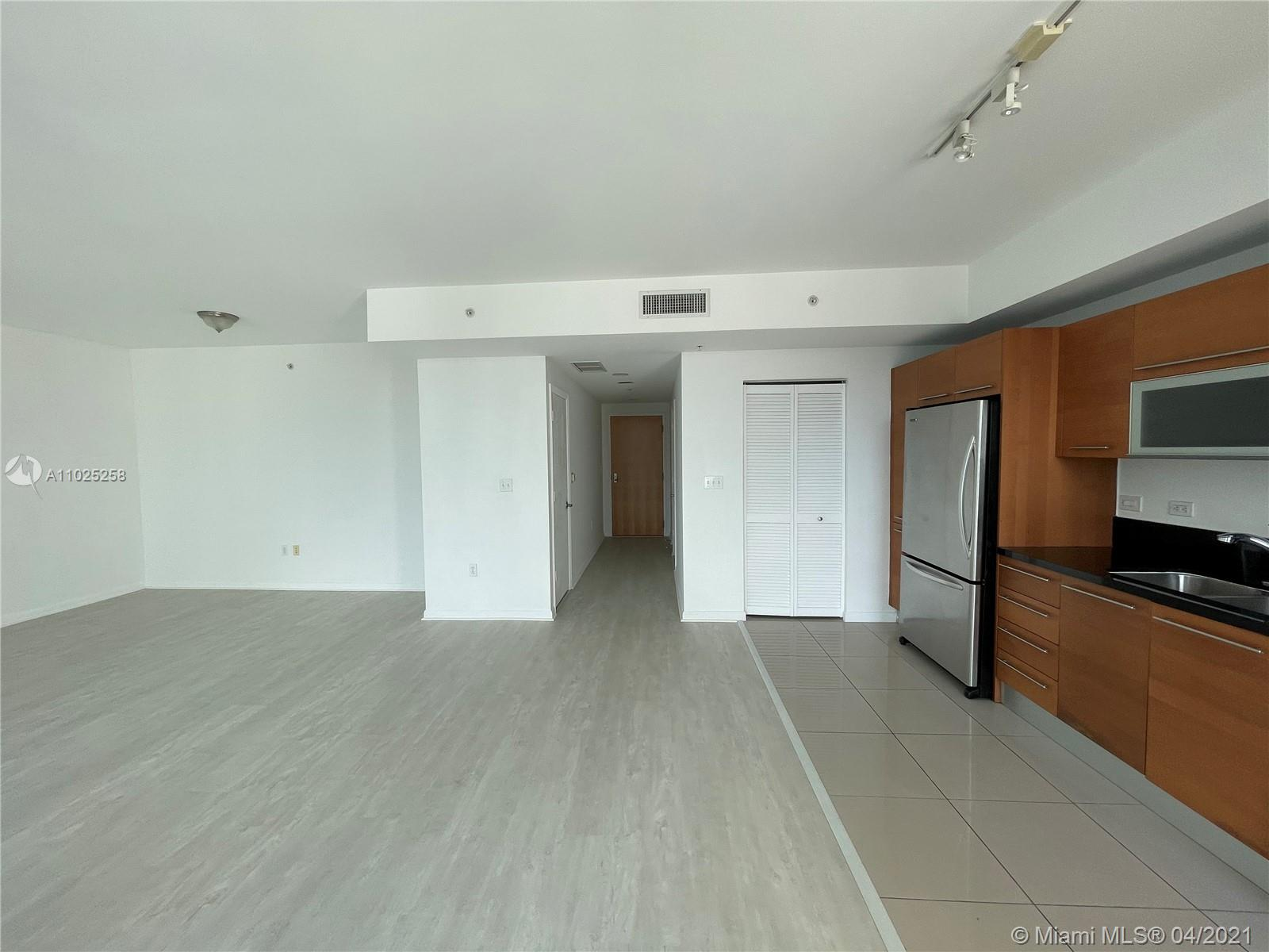 244 Biscayne Blvd #3005 photo011
