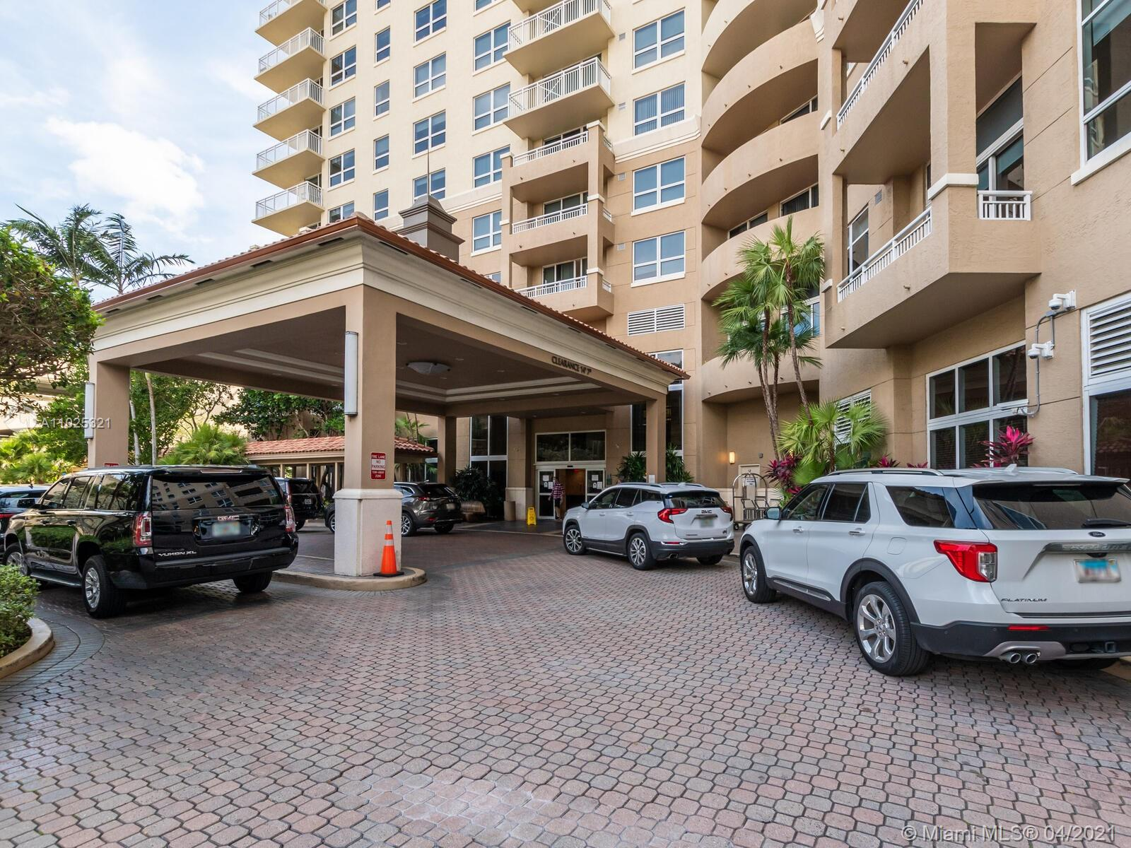 Turnberry on the Green #1110 - 19501 W Country Club Dr #1110, Aventura, FL 33180