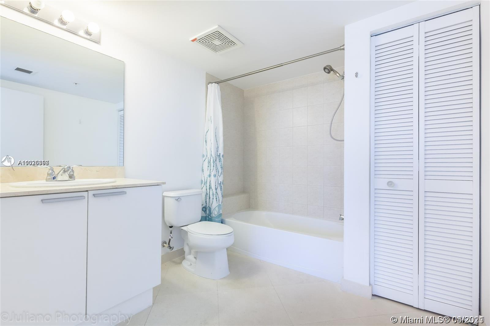16699 Collins Ave #2709 photo012