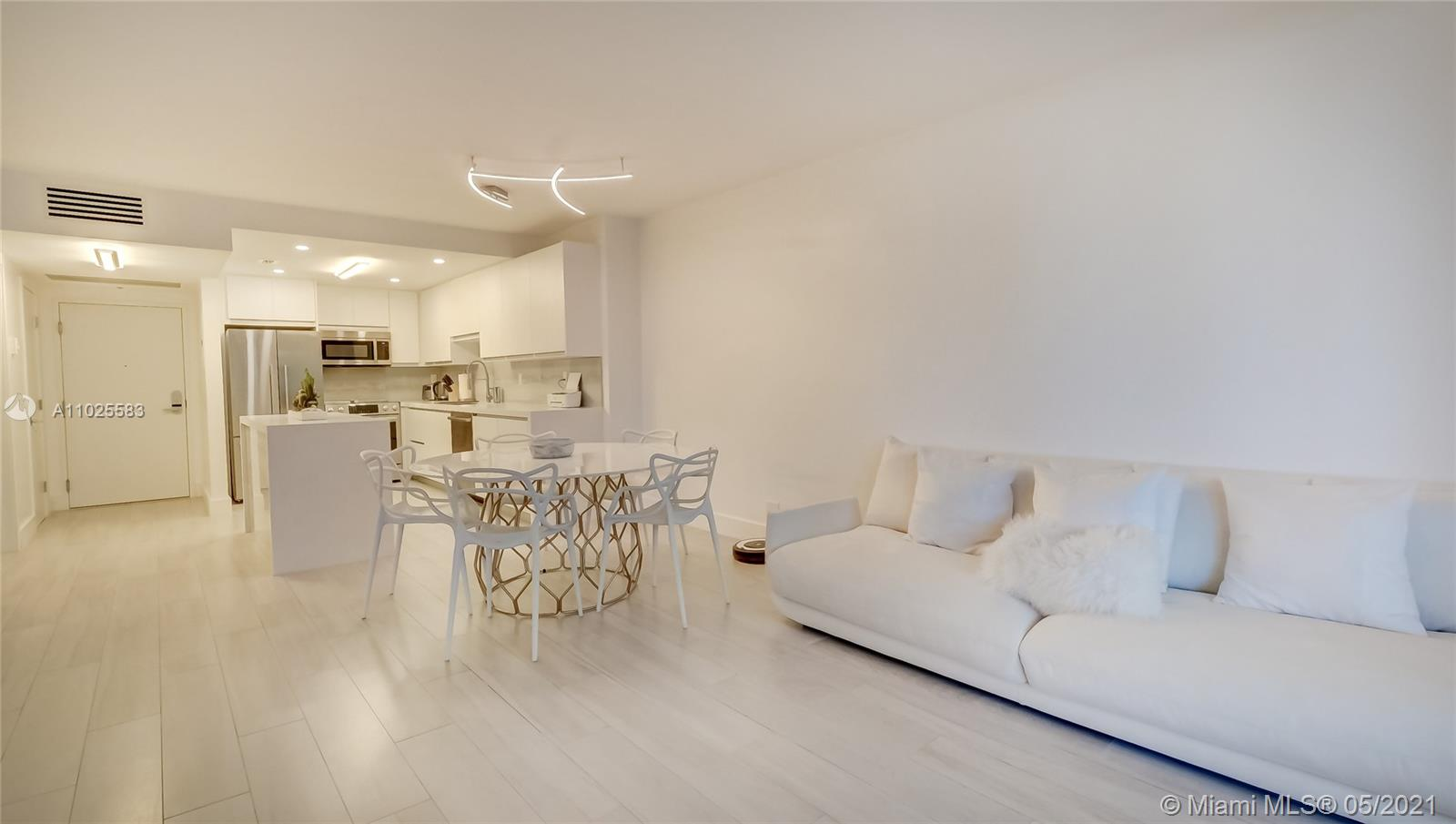 Roney Palace #318 - 2301 Collins Ave #318, Miami Beach, FL 33139