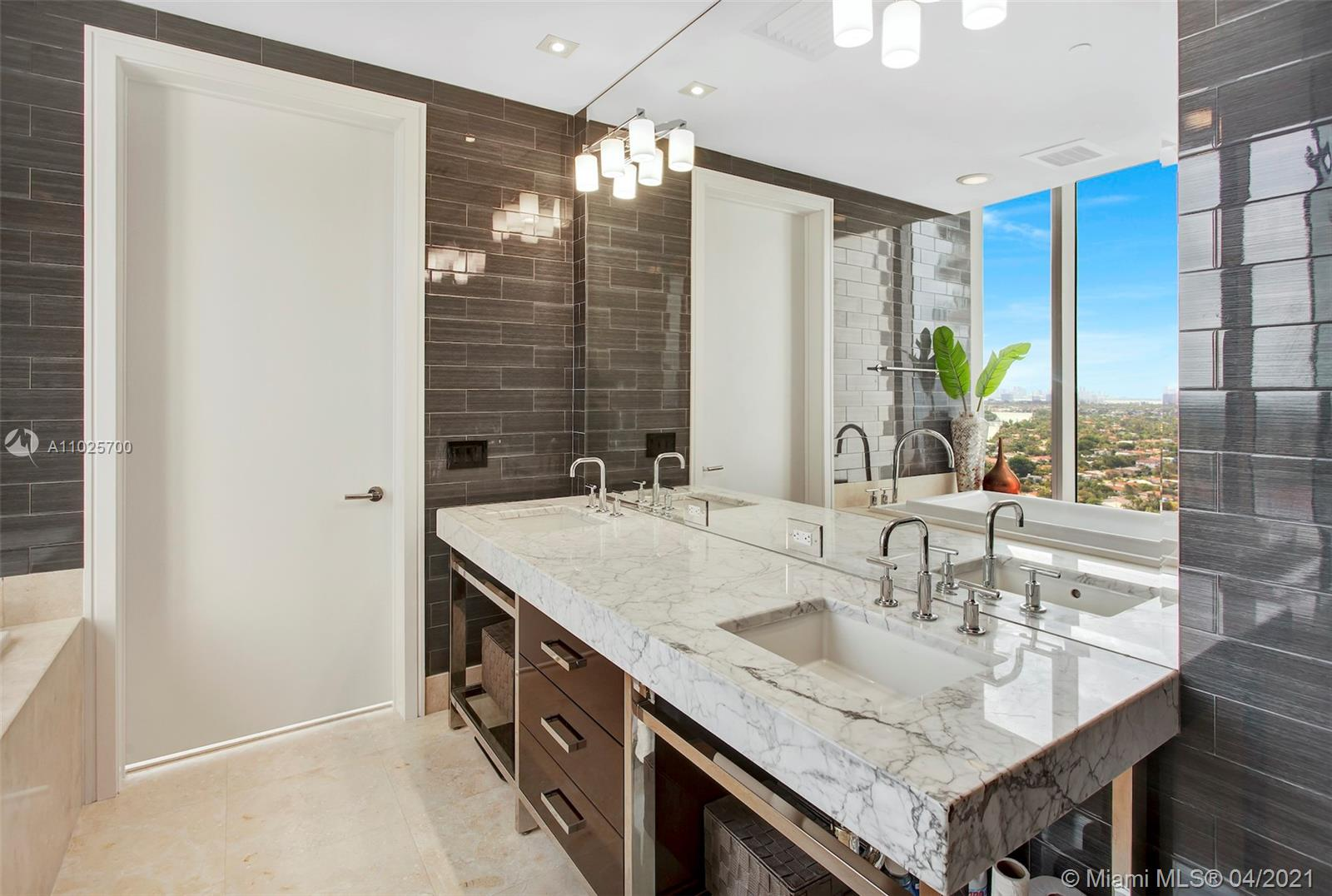 9705 Collins Ave #1905N photo013
