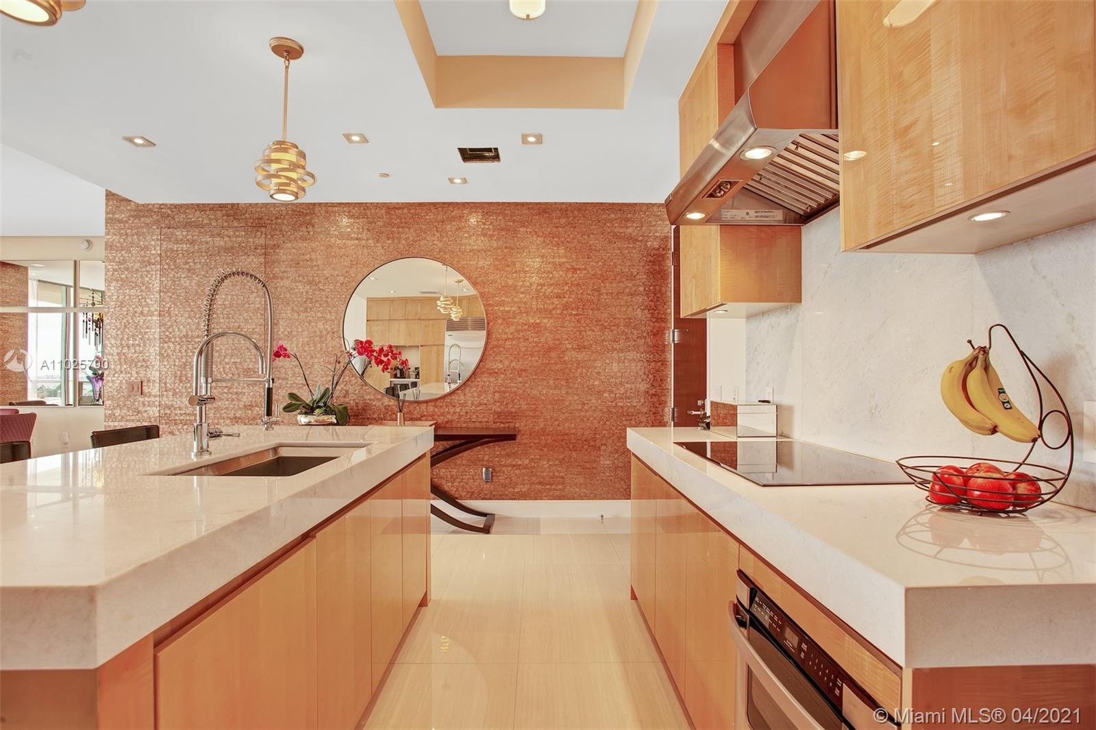 9705 Collins Ave #1905N photo07
