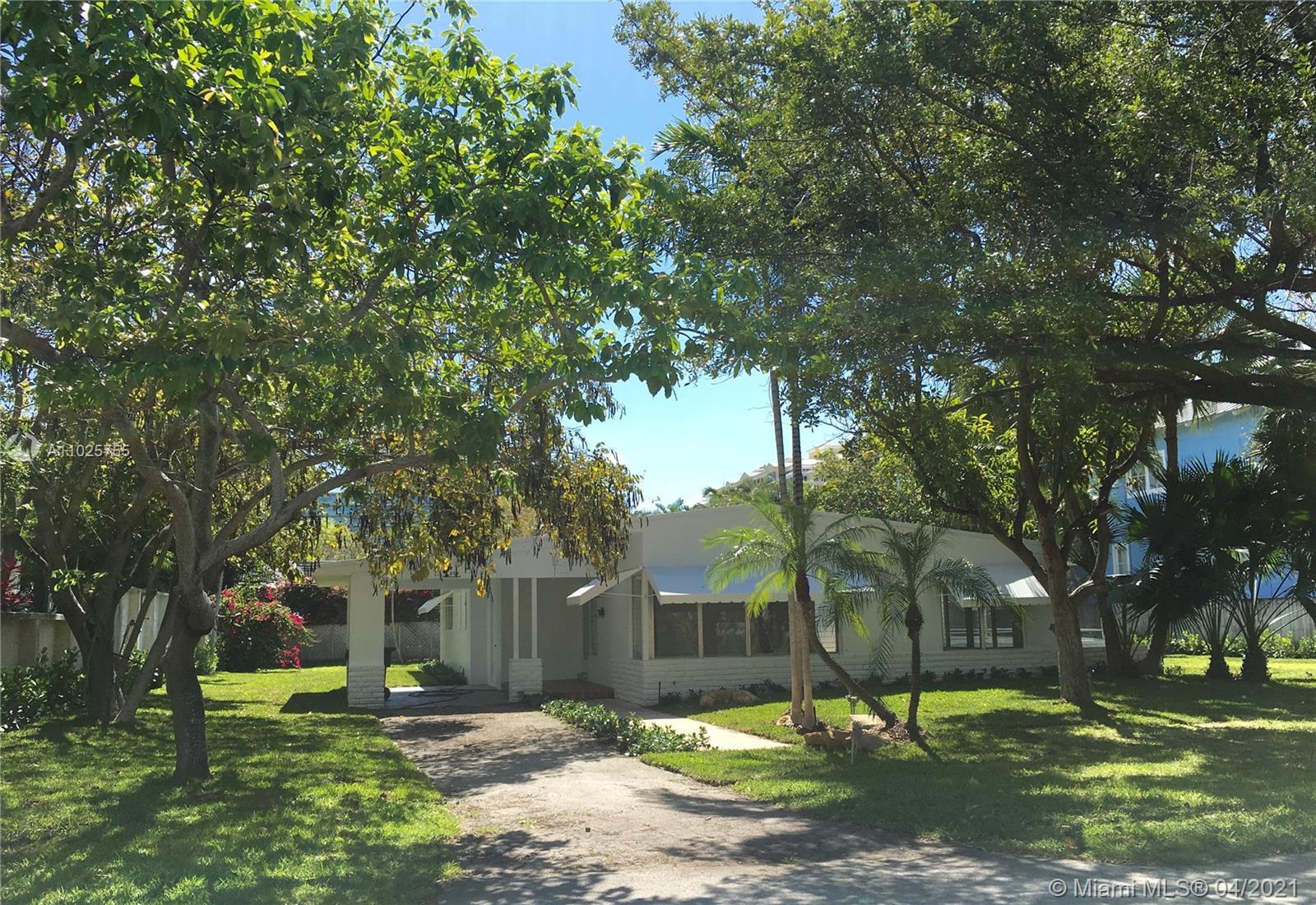 Holiday Colony - 379 Gulf Rd, Key Biscayne, FL 33149