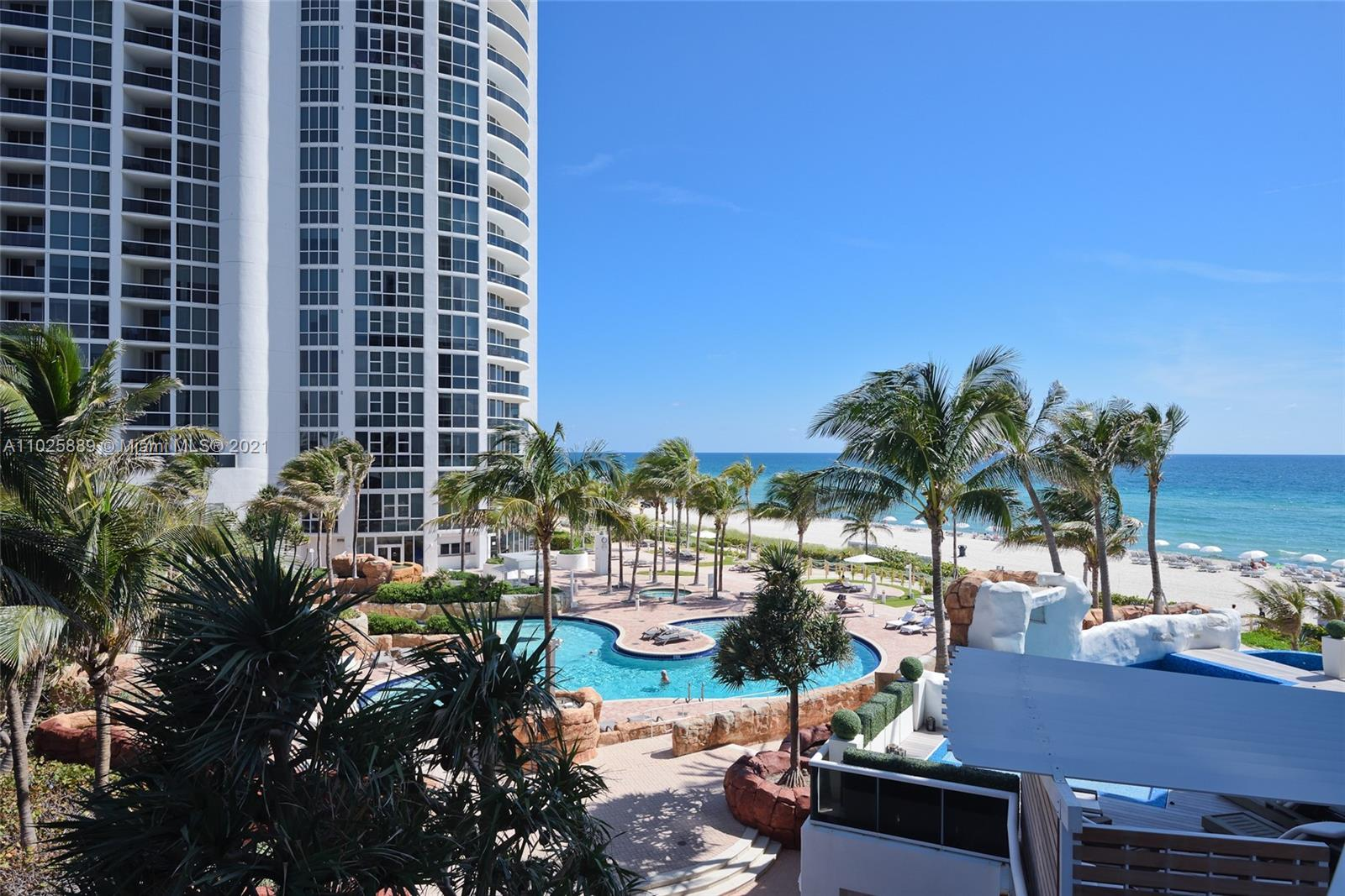 18101 Collins Ave #508 photo02