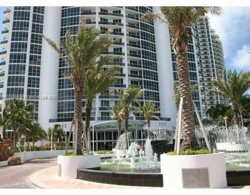 18101 Collins Ave #508 photo017