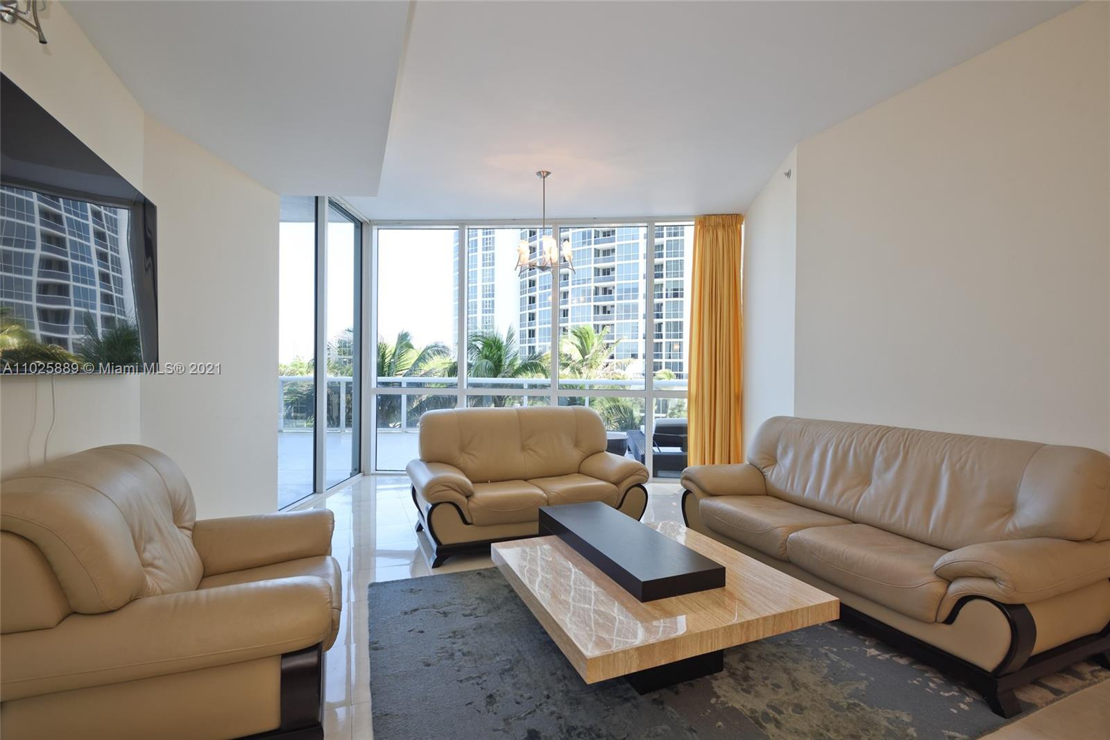 18101 Collins Ave #508 photo08