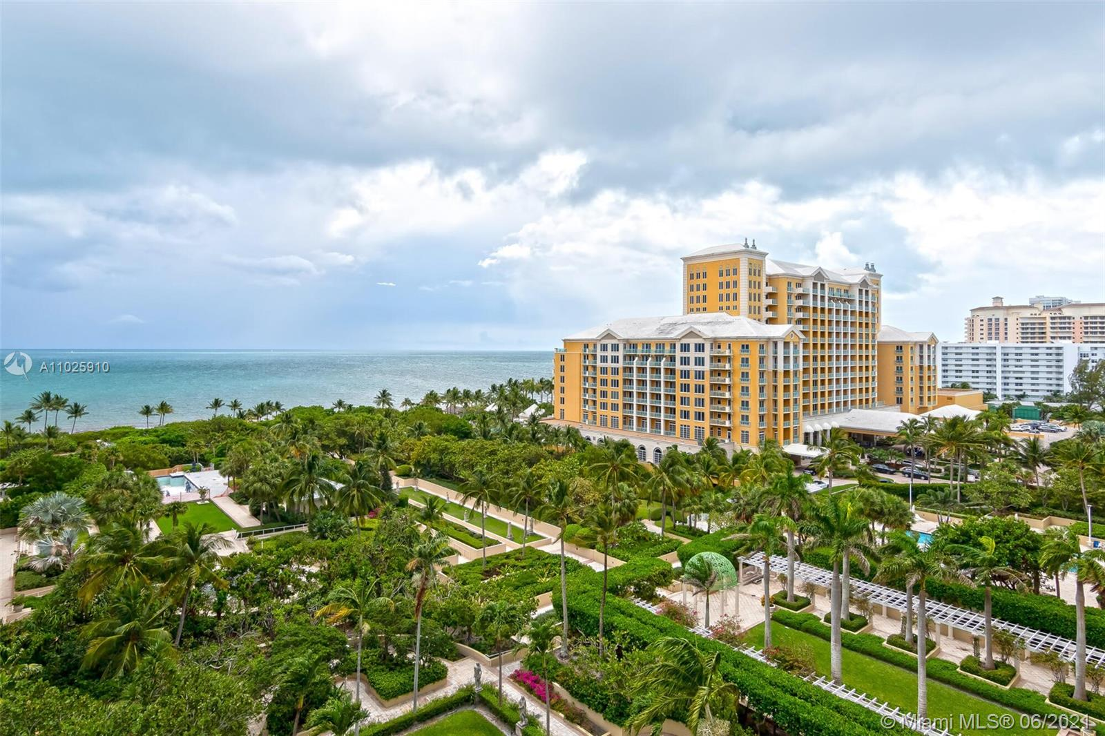 Grand Bay Residences #903 - 445 Grand Bay Dr #903, Key Biscayne, FL 33149