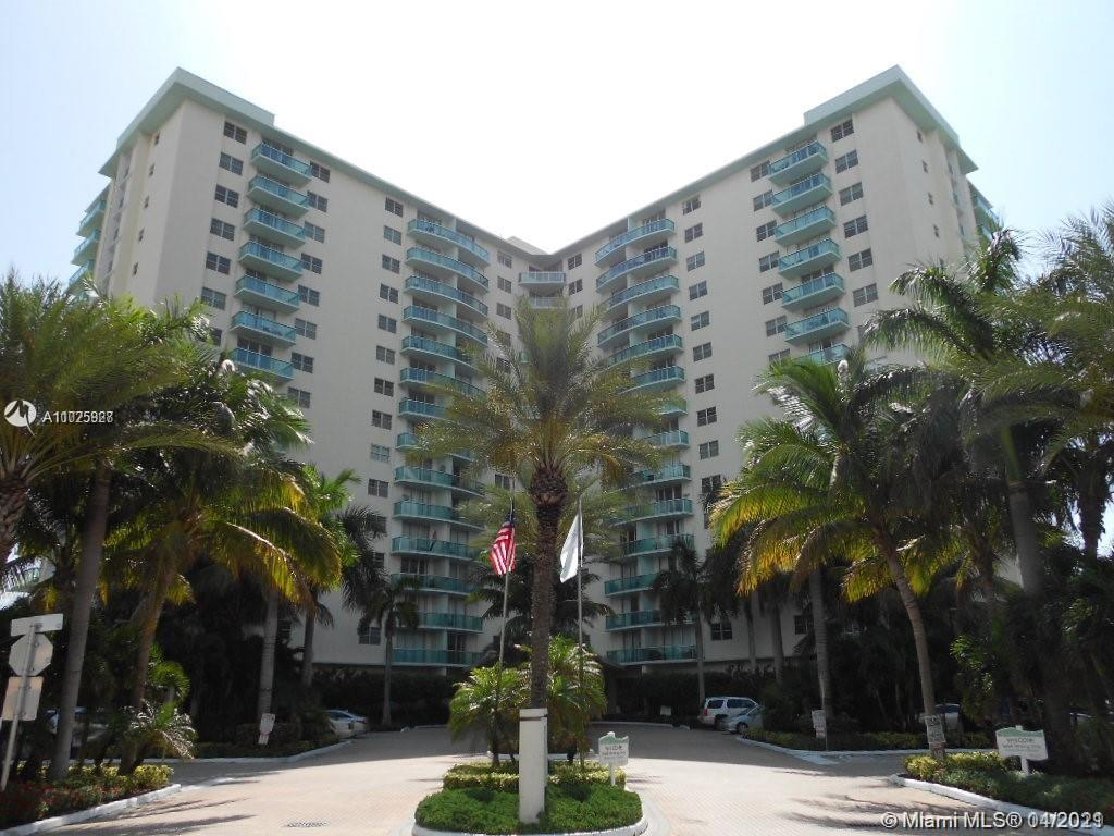 Tides, South Tower #10X - 3901 S Ocean Dr #10X, Hollywood, FL 33019