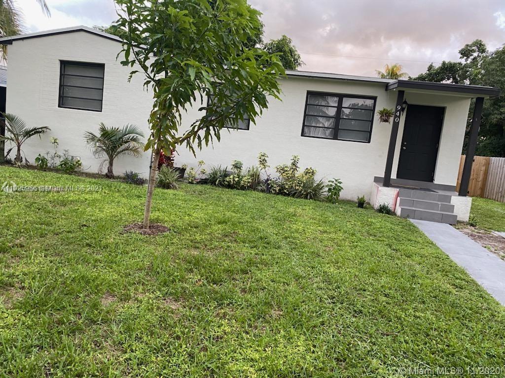 North Miami Beach - 940 NE 155th St, North Miami Beach, FL 33162