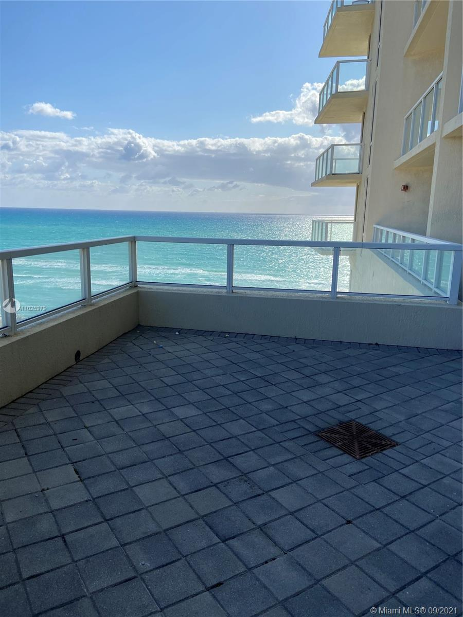 16699 Collins Ave #1104 photo016