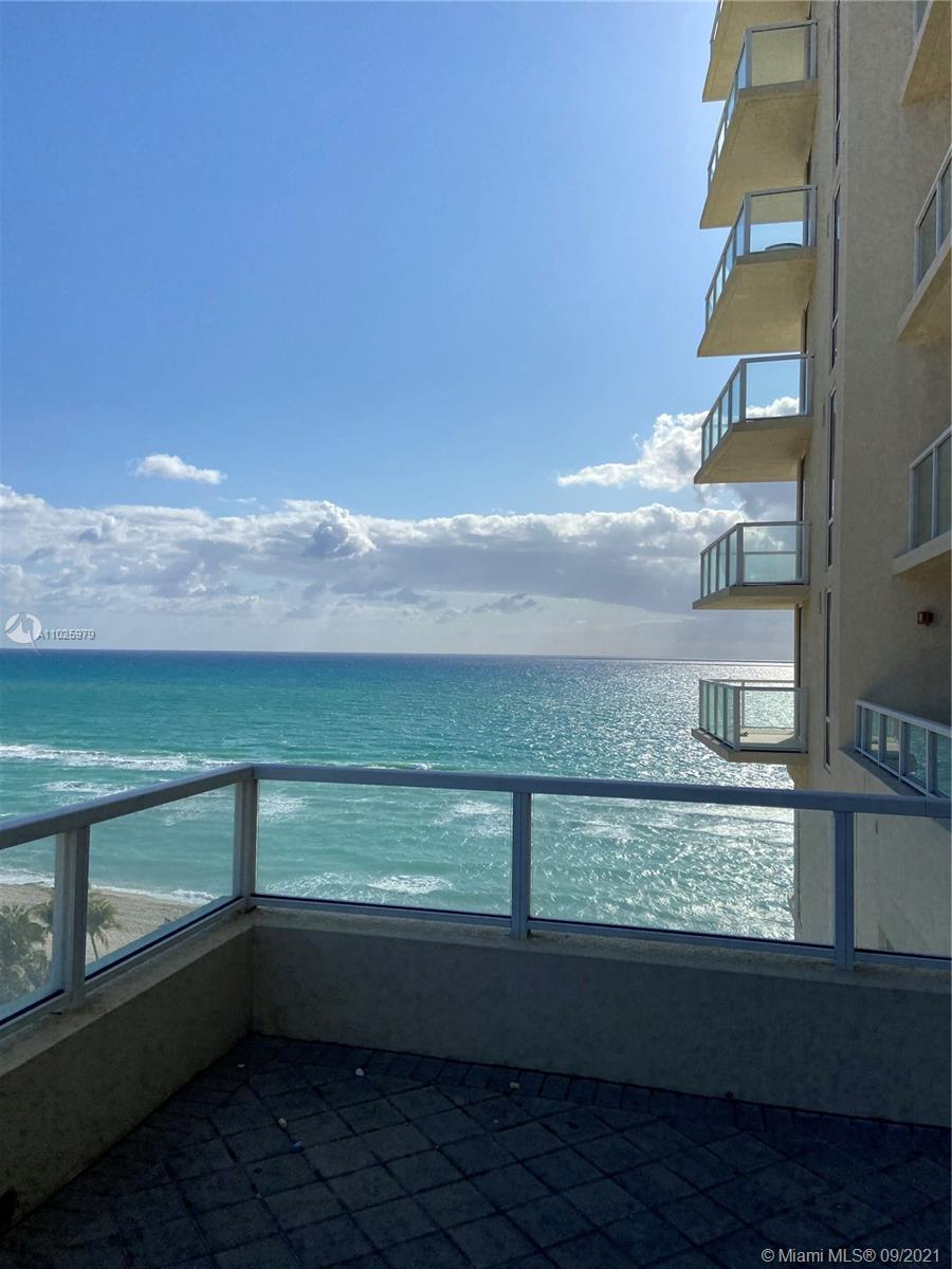 16699 Collins Ave #1104 photo028