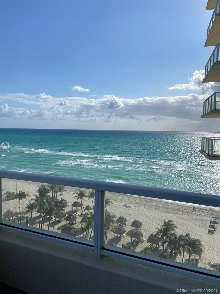 16699 Collins Ave #1104 photo018
