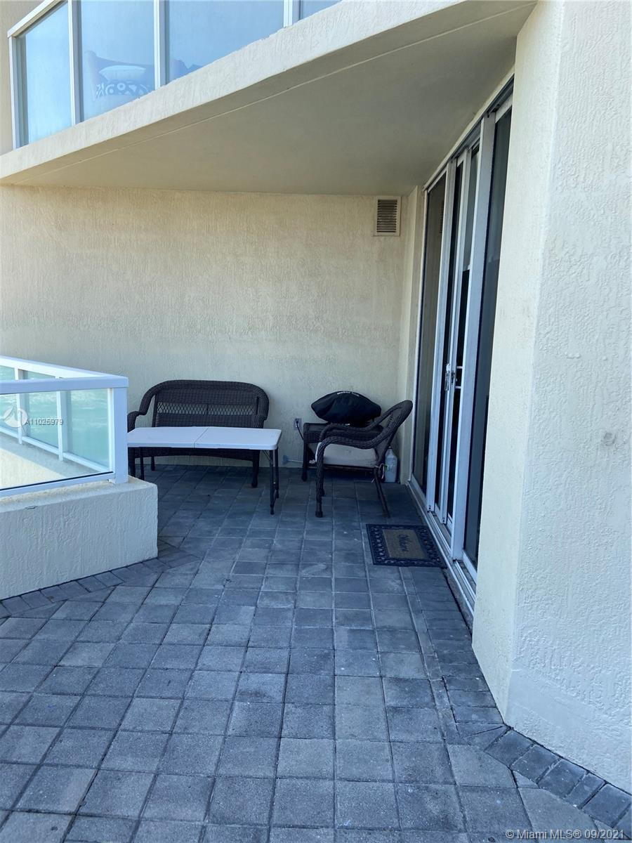 16699 Collins Ave #1104 photo019