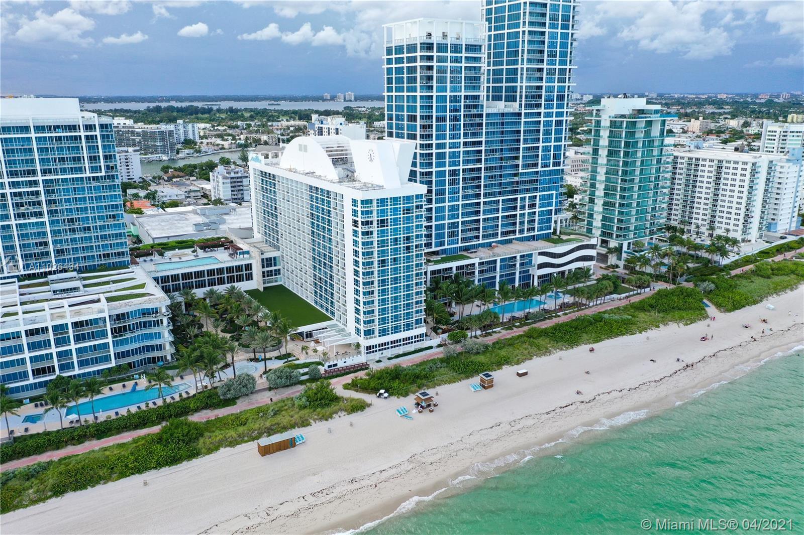 Carillon Hotel Tower #914 - 6801 Collins #914, Miami Beach, FL 33141