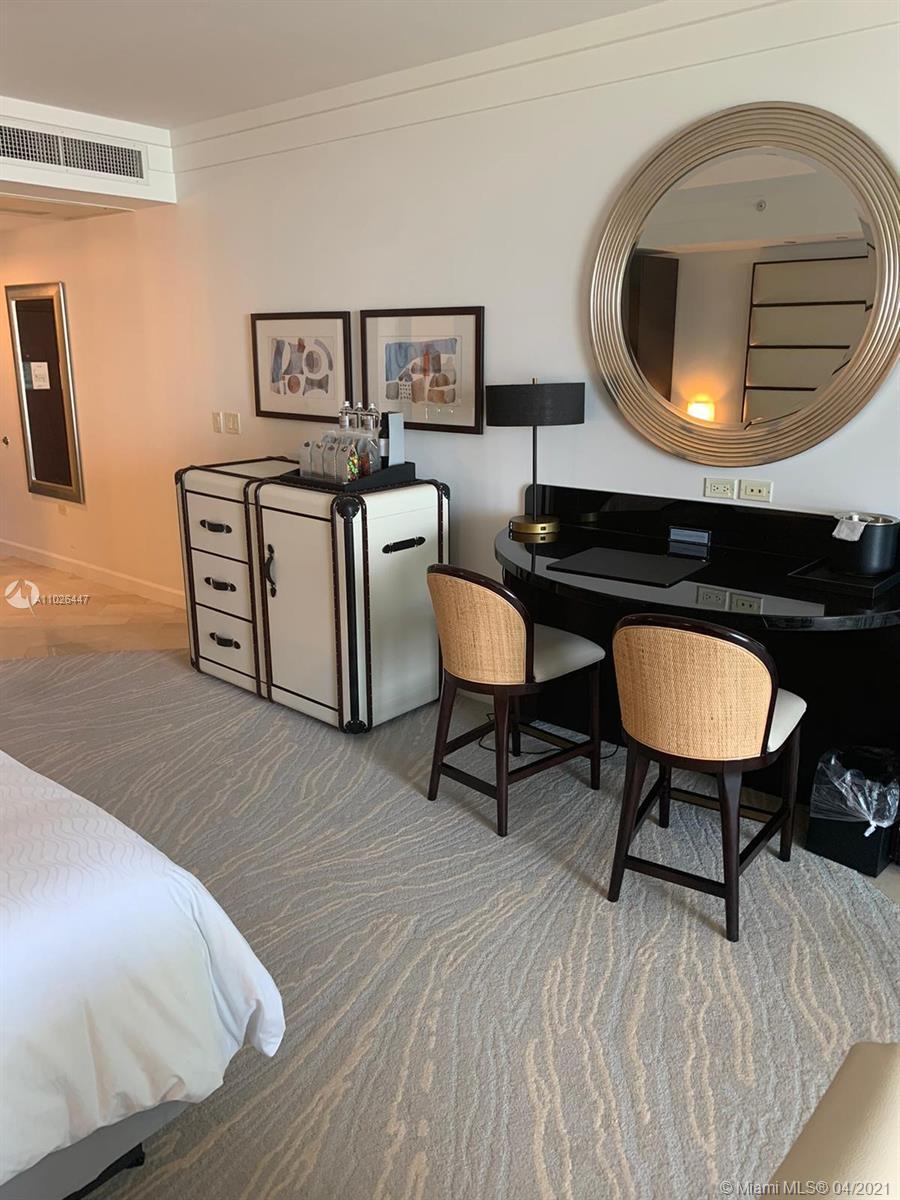 Fontainebleau Sorrento #806 - 4391 Collins Ave #806, Miami Beach, FL 33140