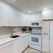 2301 Collins Ave #1227 photo05