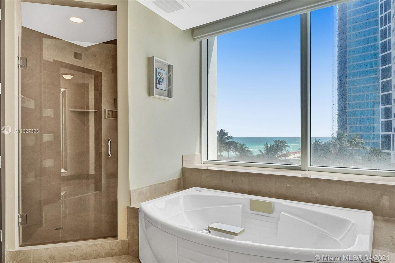 18101 Collins Ave #801 photo045