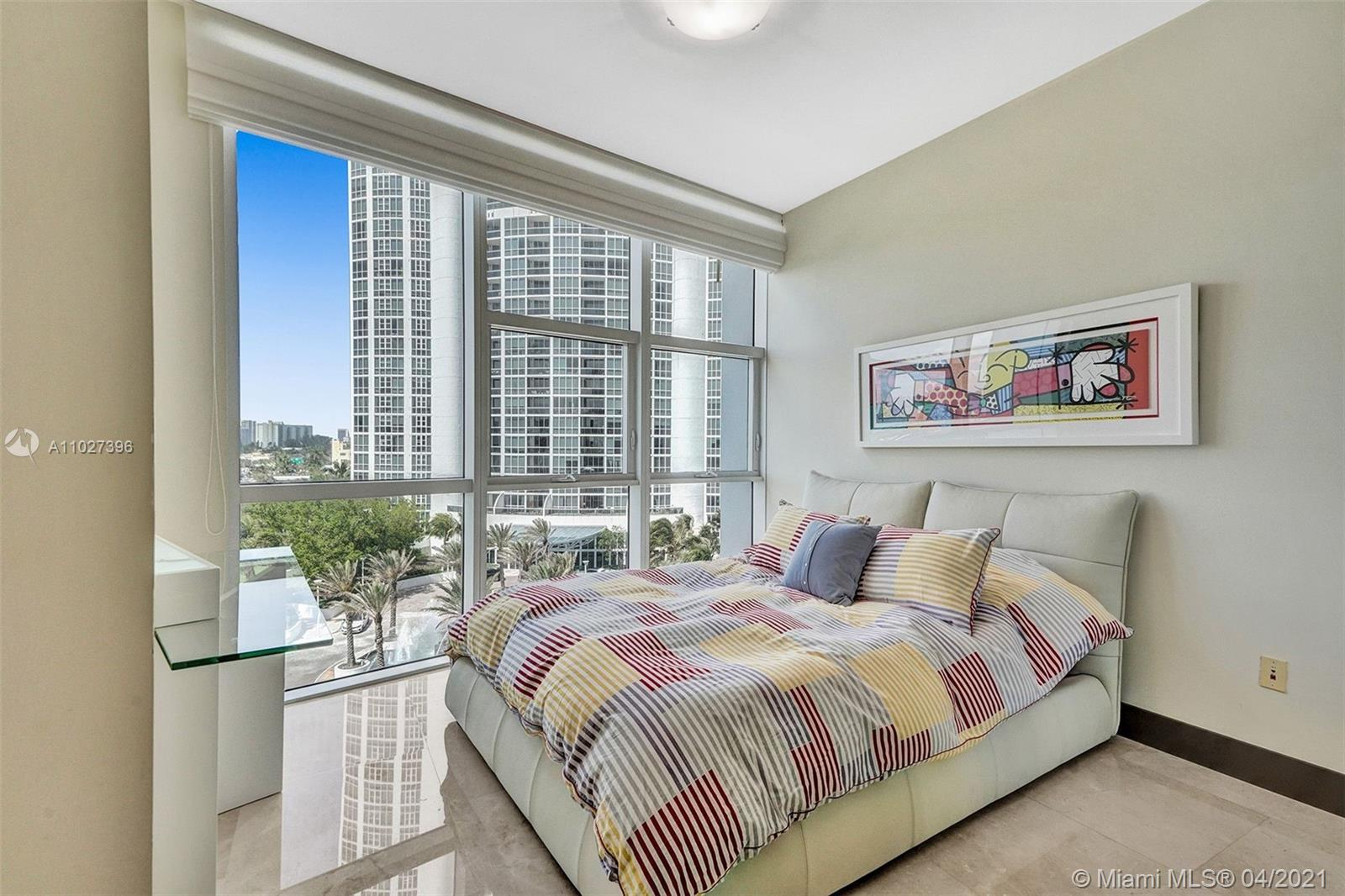 18101 Collins Ave #801 photo051