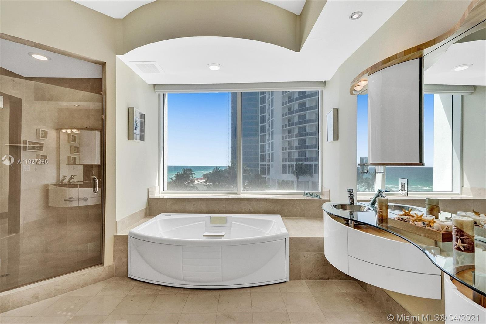 18101 Collins Ave #801 photo044