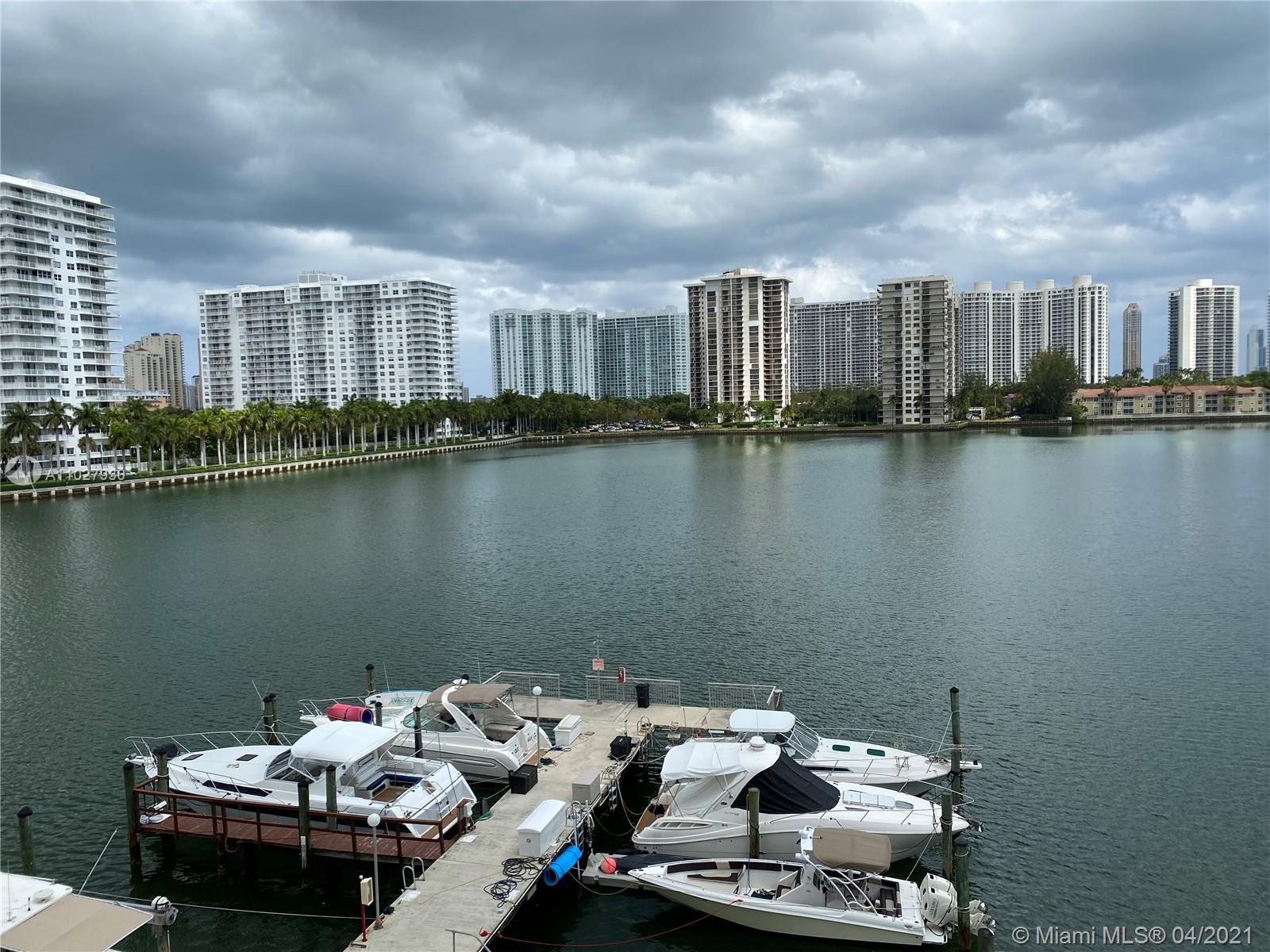Del Prado #405 - 18081 Biscayne Blvd #405, Aventura, FL 33160