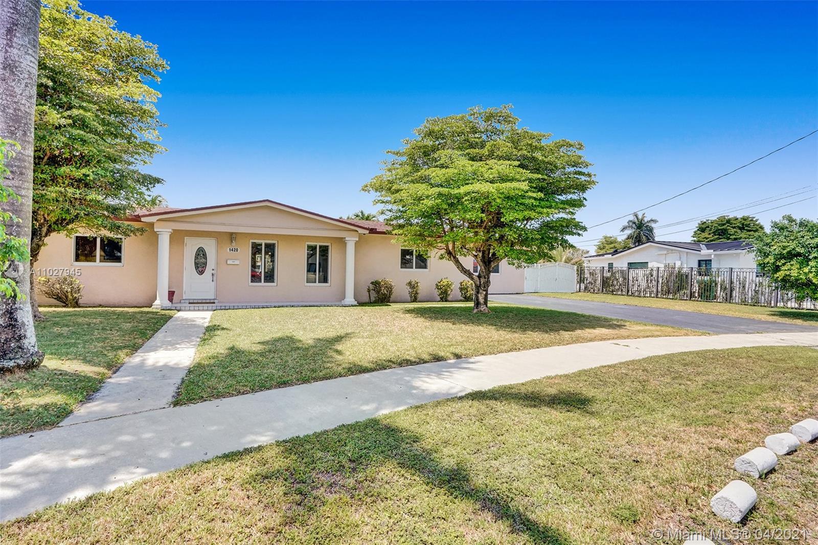 Coral Park Estates - 1420 SW 99th Ave, Miami, FL 33174