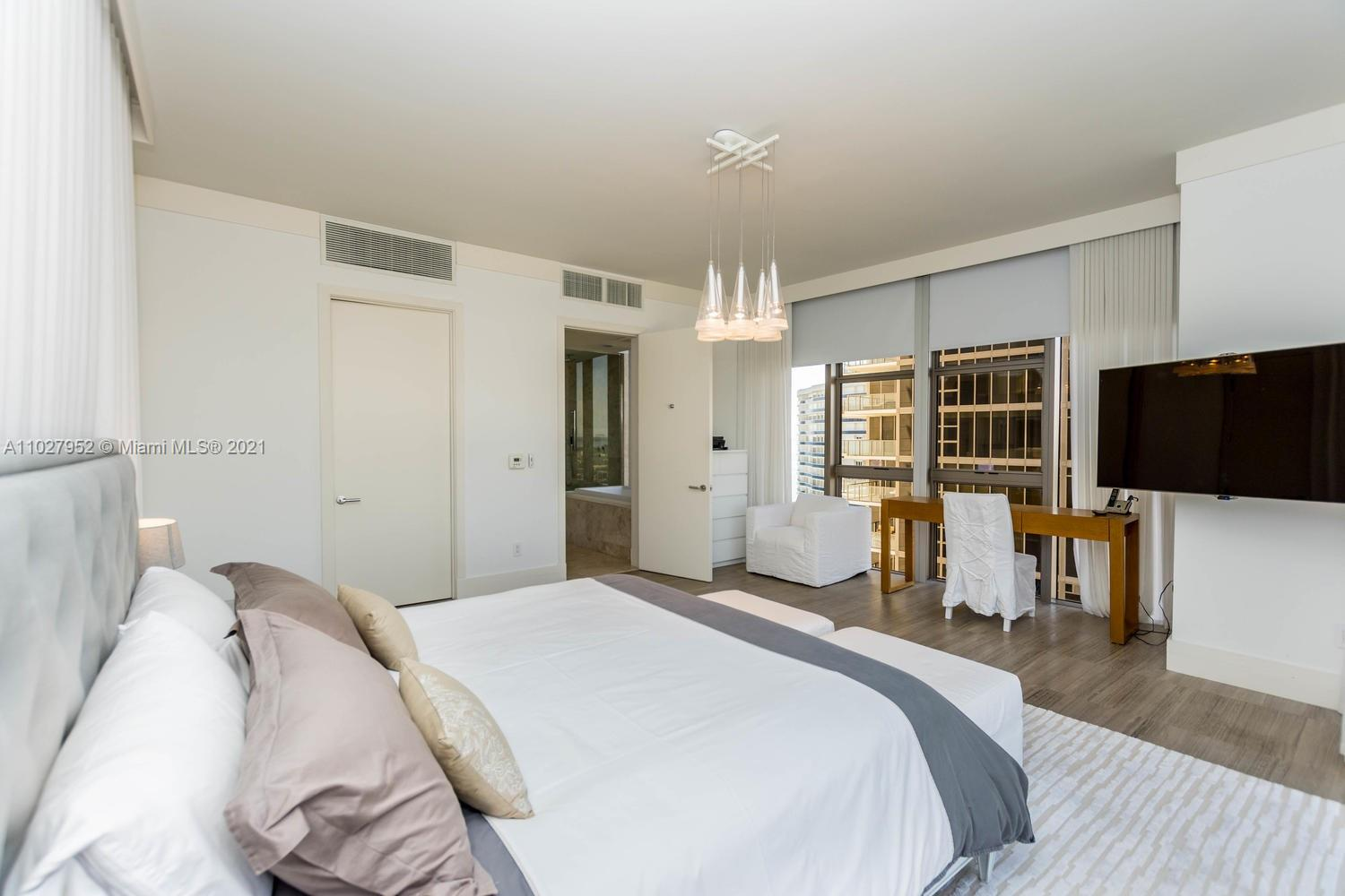 9705 Collins Ave #1705N photo027