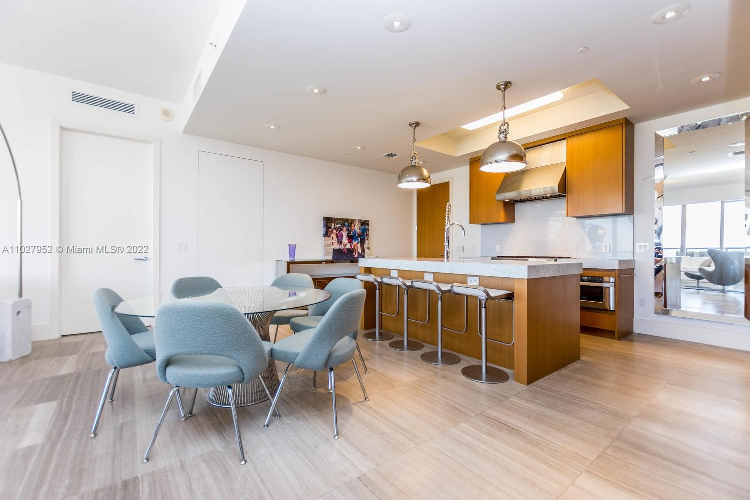 9705 Collins Ave #1705N photo014