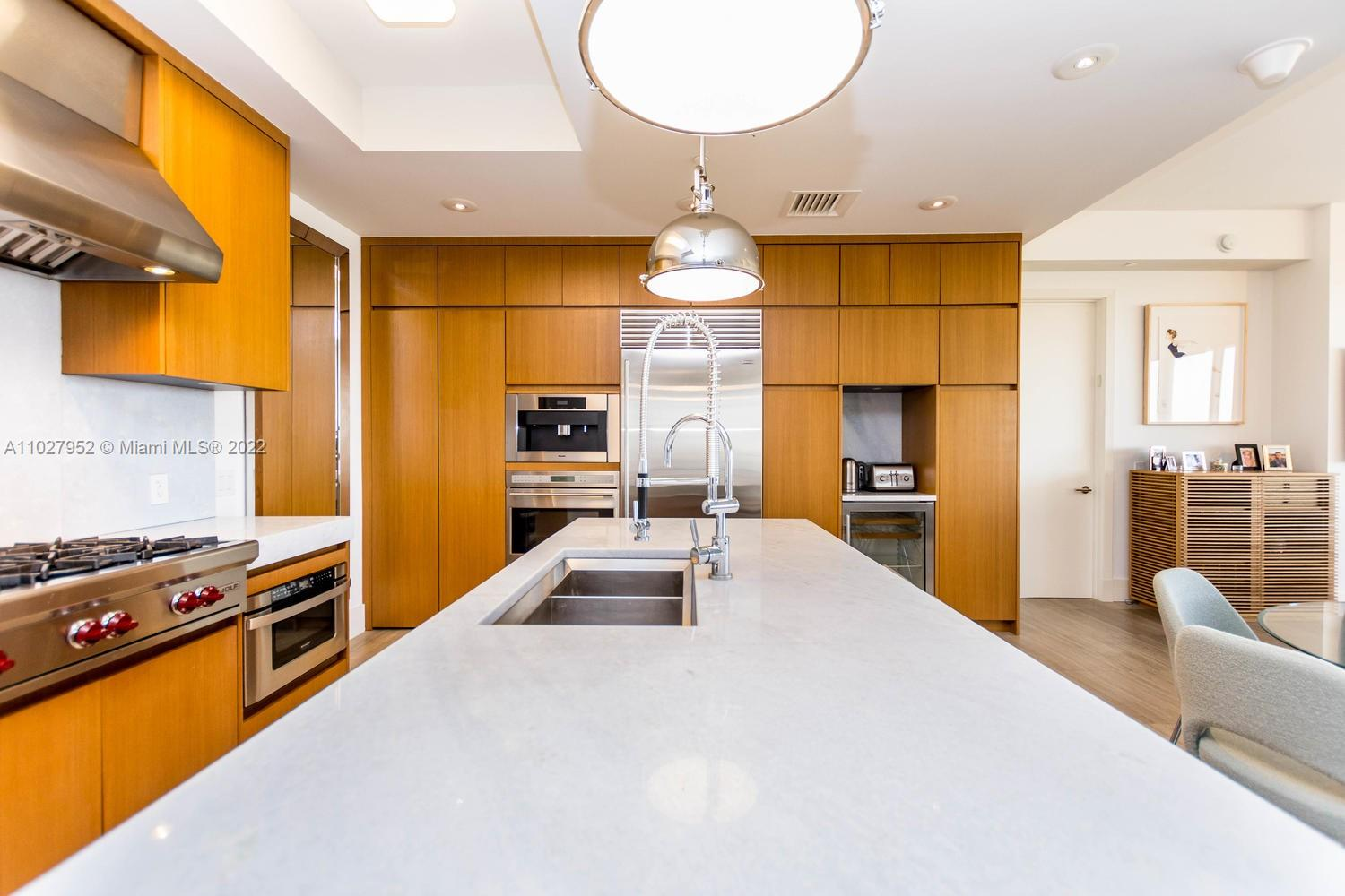 9705 Collins Ave #1705N photo011