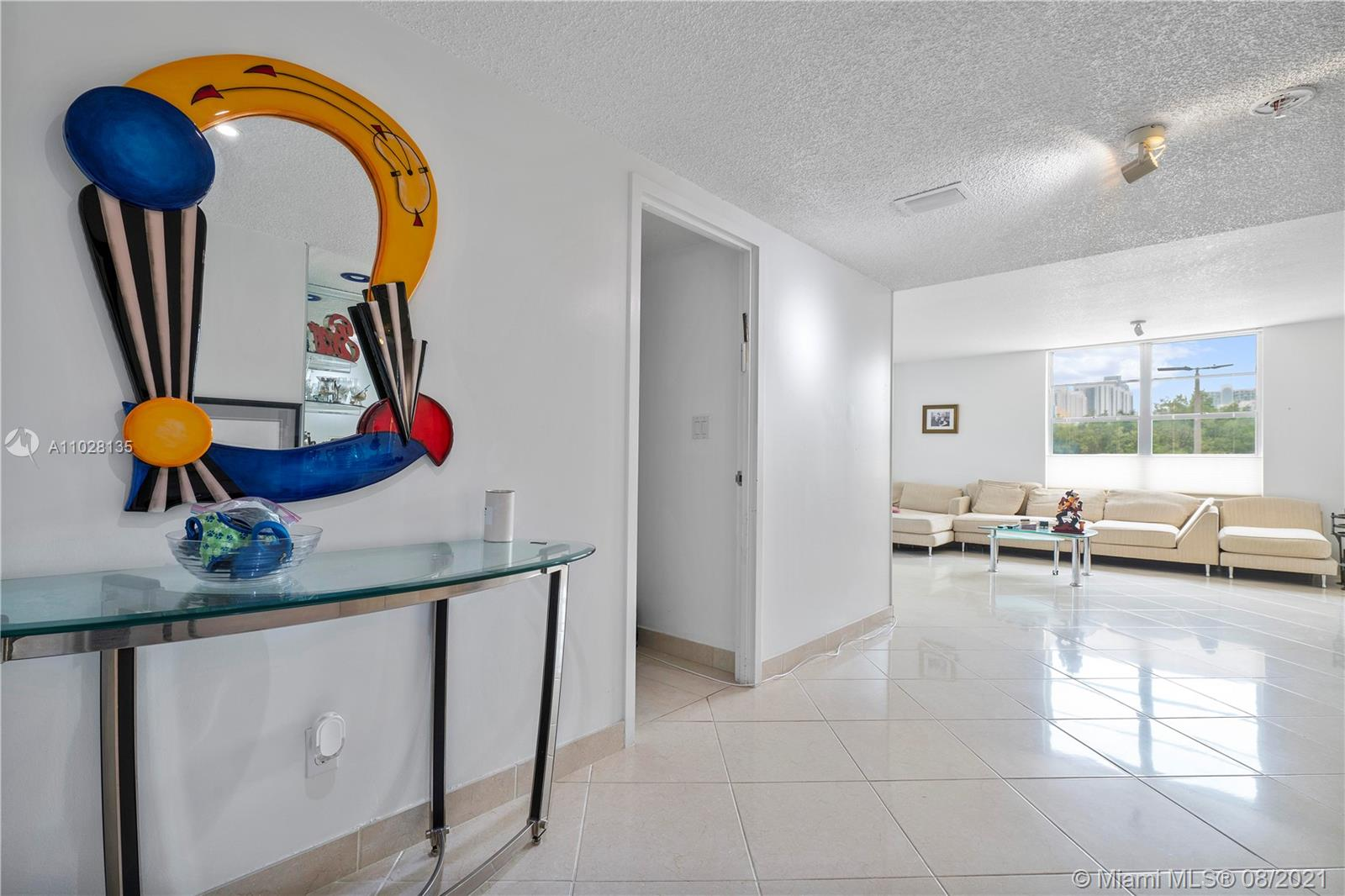 Winston Tower 300 #MO3 - 230 174th St #MO3, Sunny Isles Beach, FL 33160