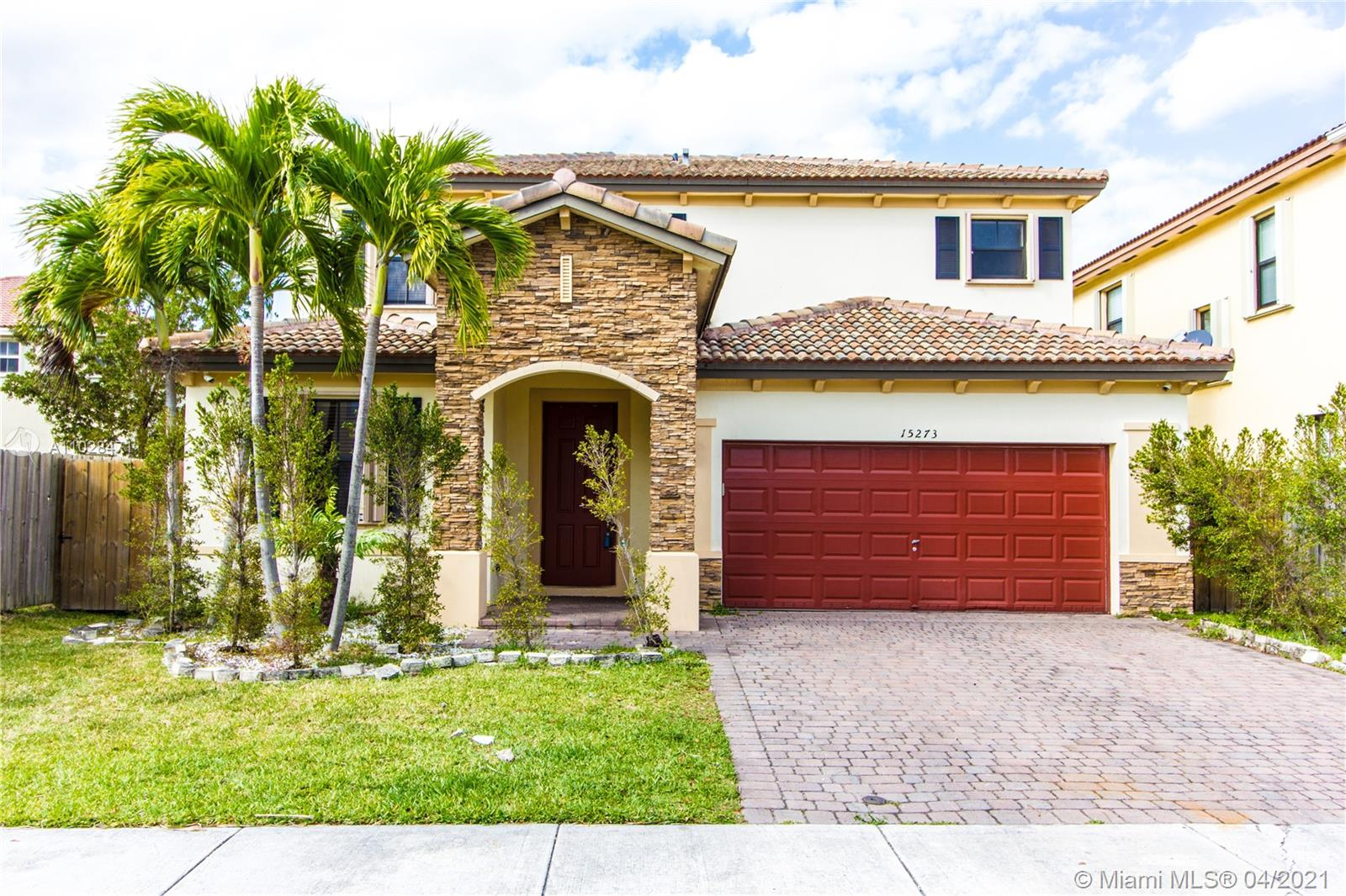 15273 SW 118th Ter photo01