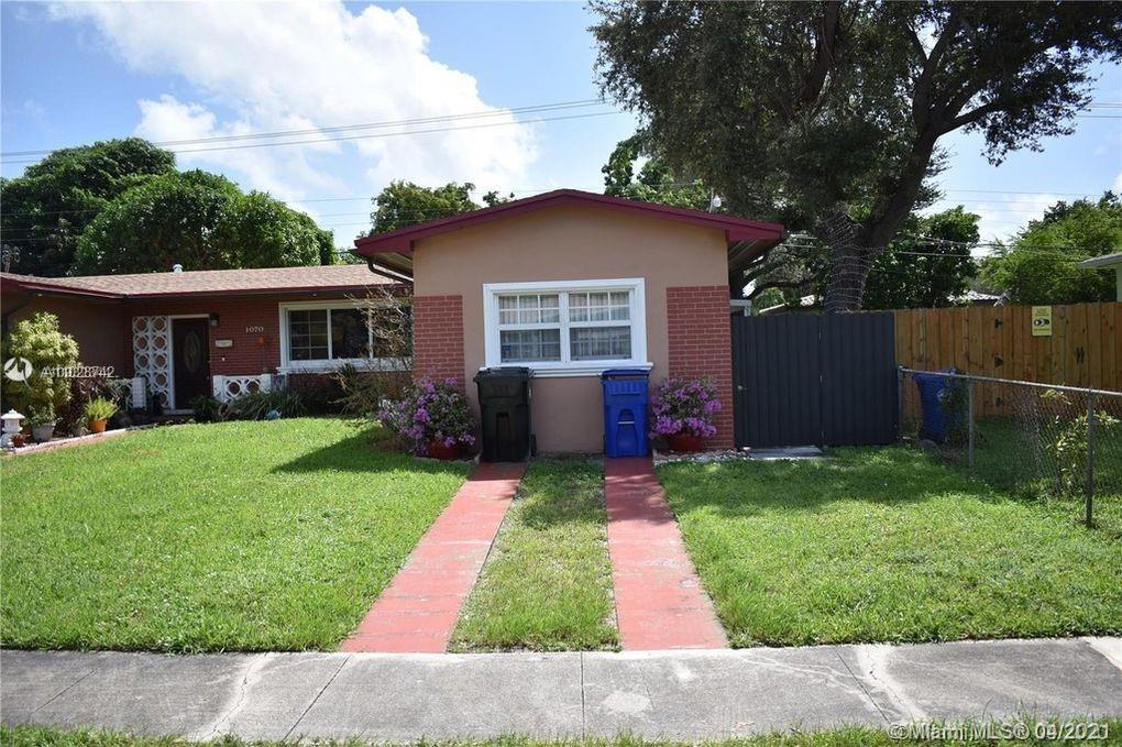 North Miami Beach - 1070 NE 160th St, North Miami Beach, FL 33162