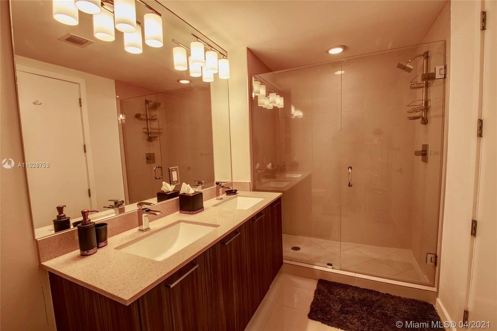 5300 NW 85th Ave #401 photo027