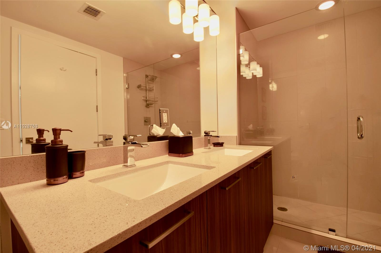 5300 NW 85th Ave #401 photo028