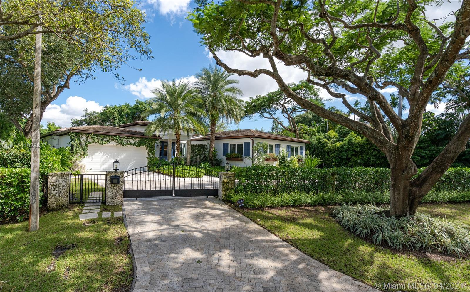 South Miami - 907 Jeronimo Dr, Coral Gables, FL 33146