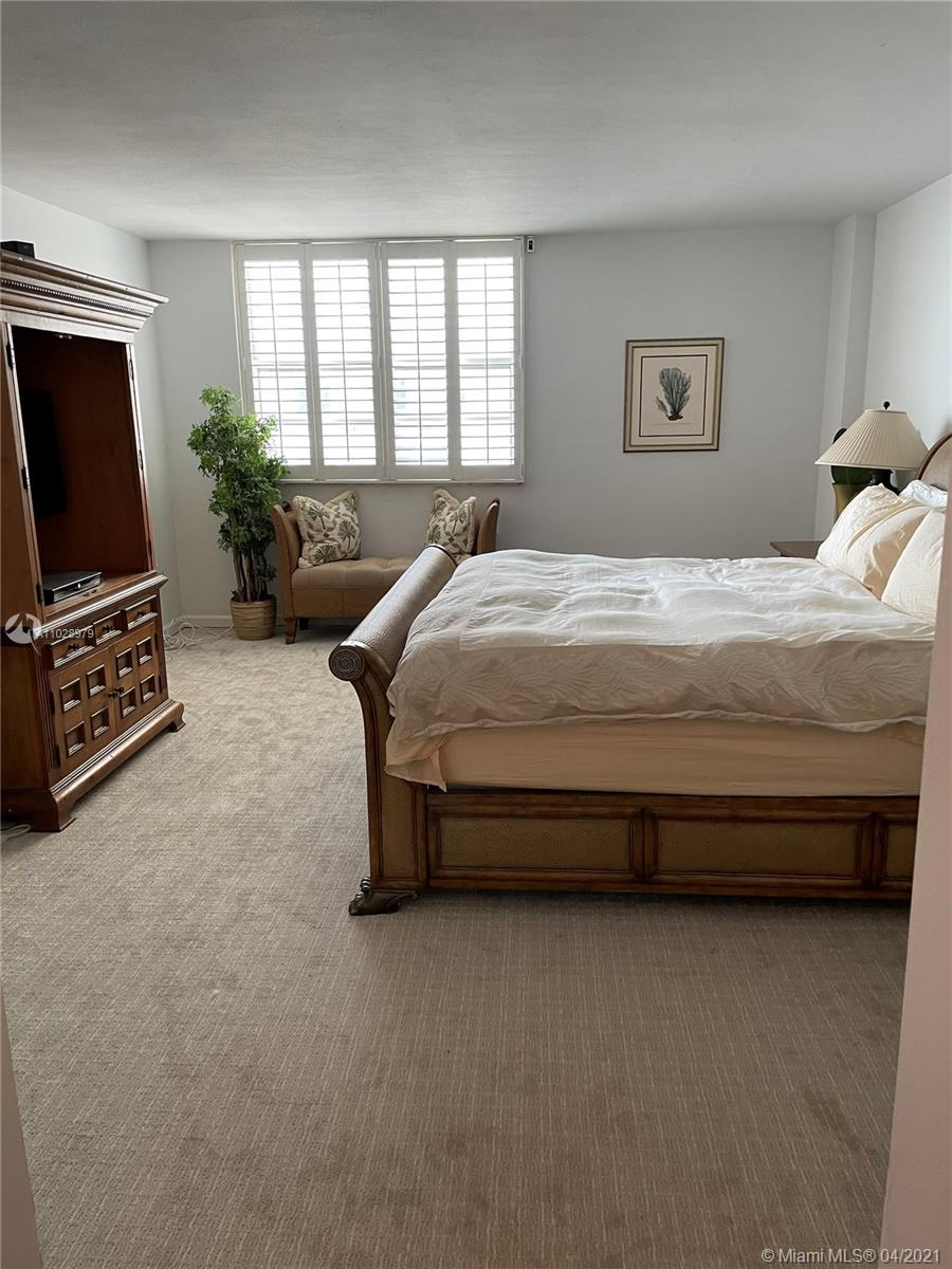 5825 Collins Ave #14H photo013