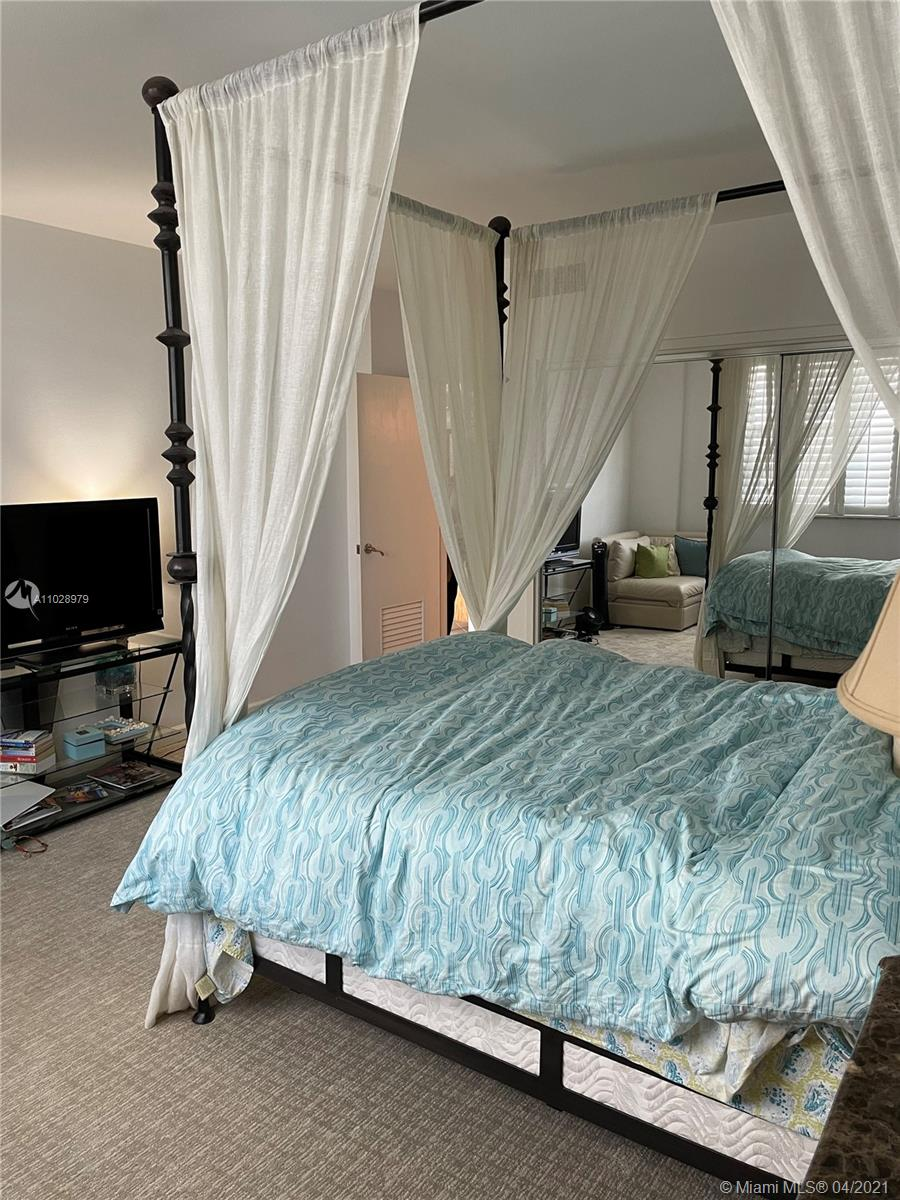 5825 Collins Ave #14H photo011