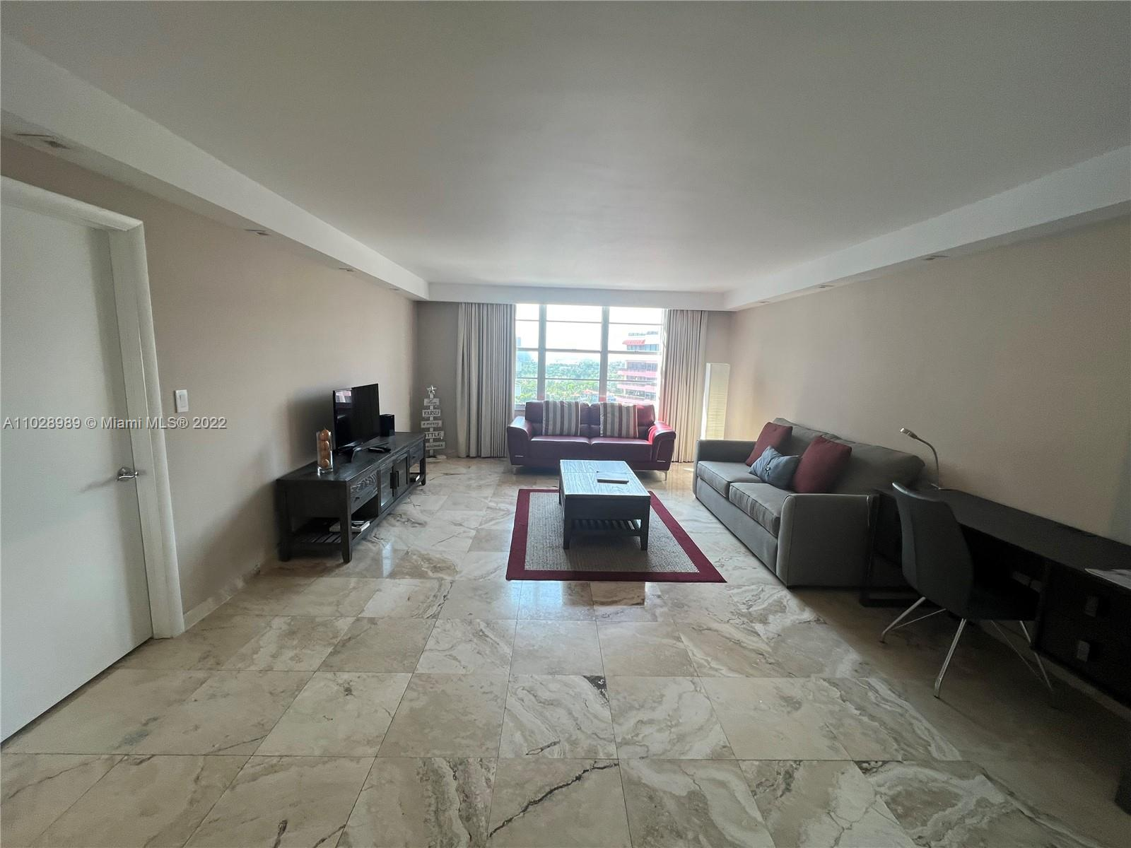 5161 Collins Ave #1610 photo03