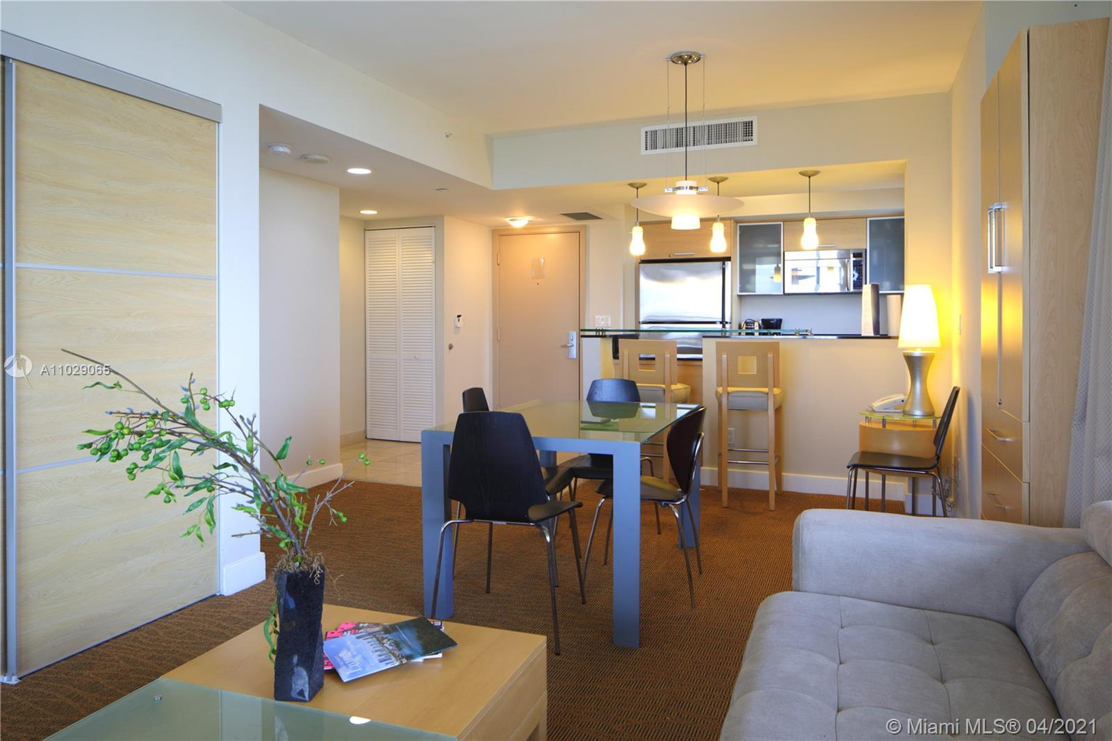 18683 Collins Ave #1708 photo02