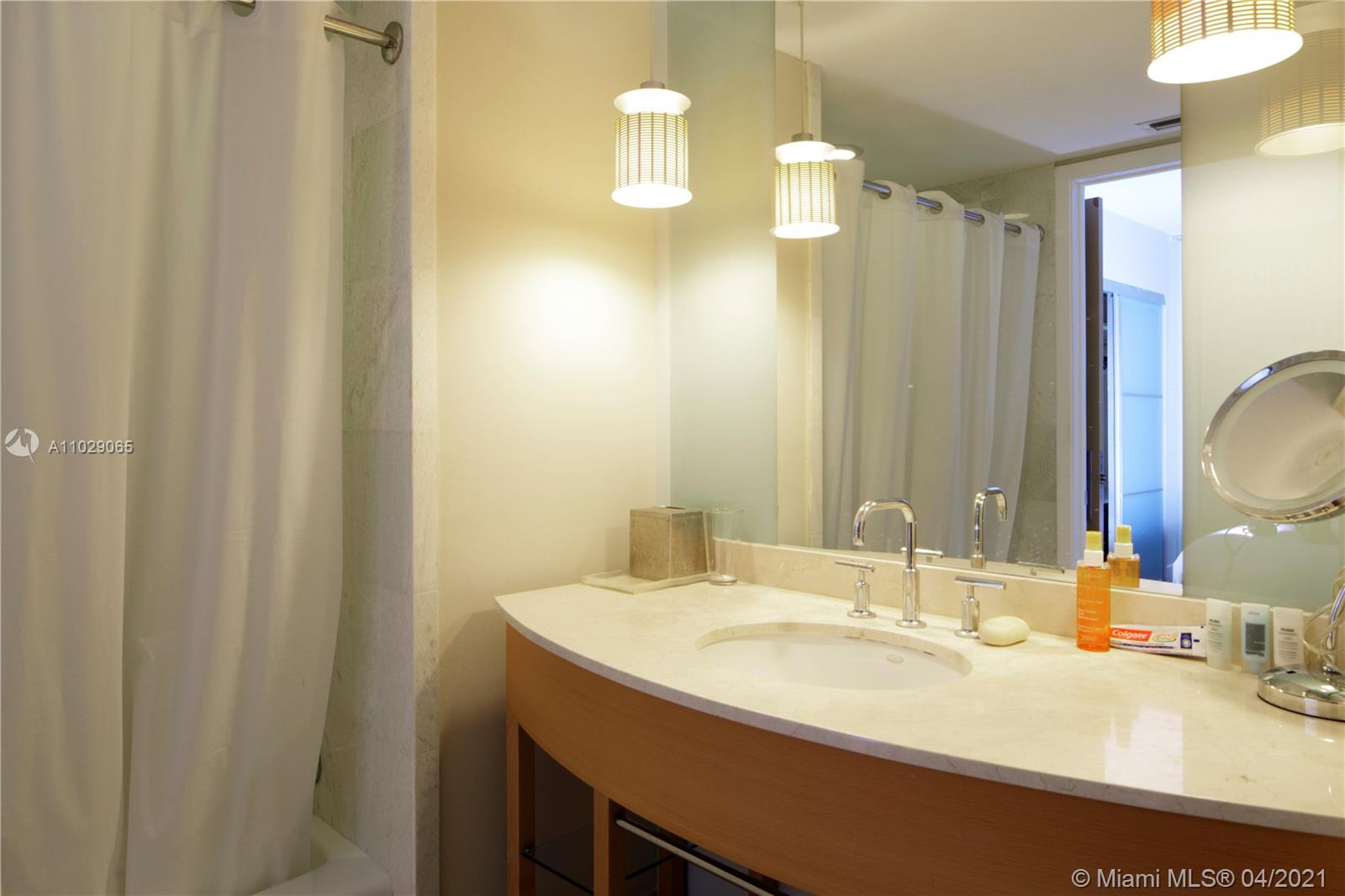 18683 Collins Ave #1708 photo016