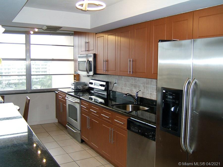 Del Prado #601 - 18031 Biscayne Blvd #601, Aventura, FL 33160